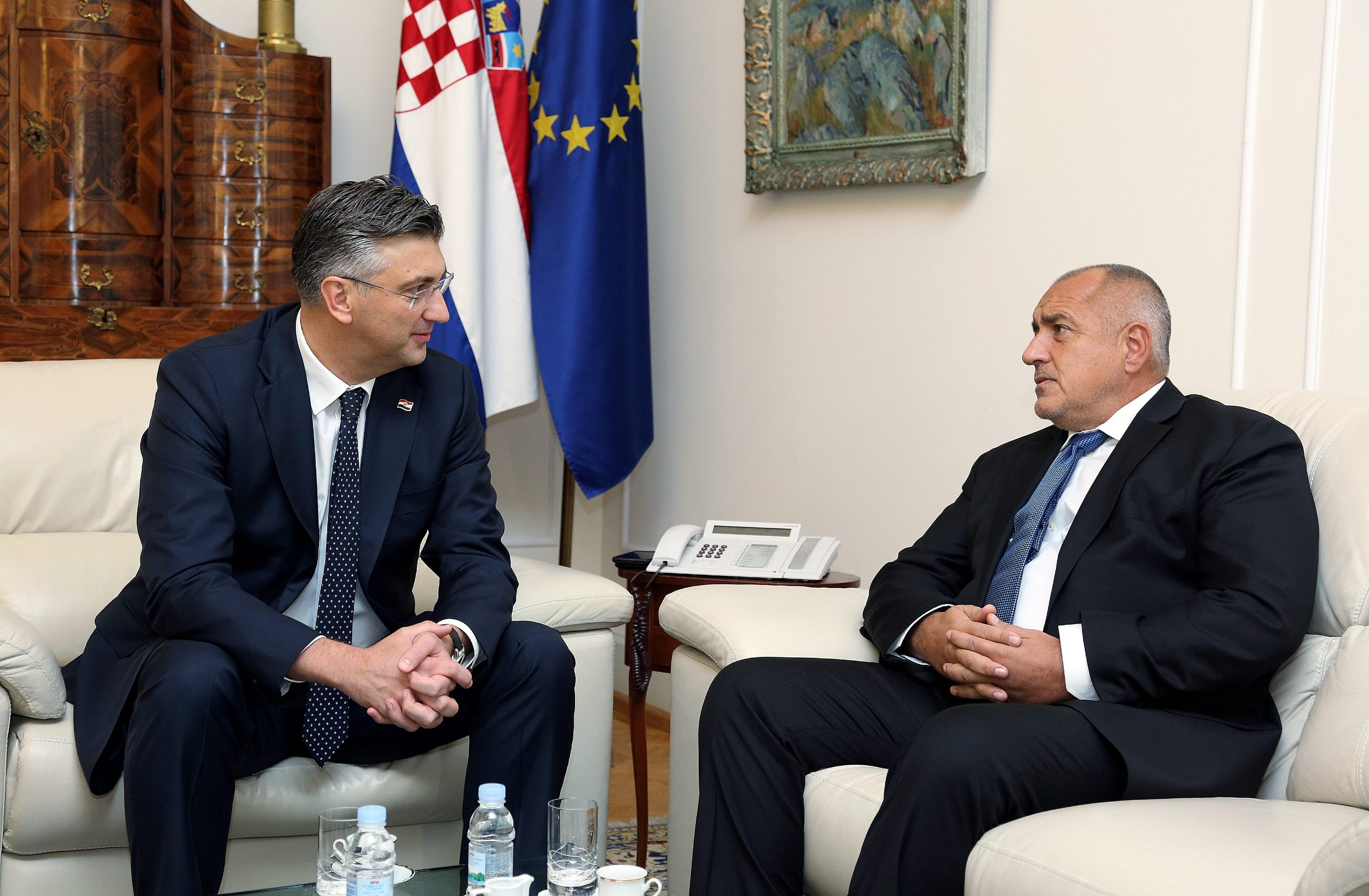 Premijer Plenković u sklopu Kongresa EPP-a primio je bugarskog premijera Boyka Borissova.