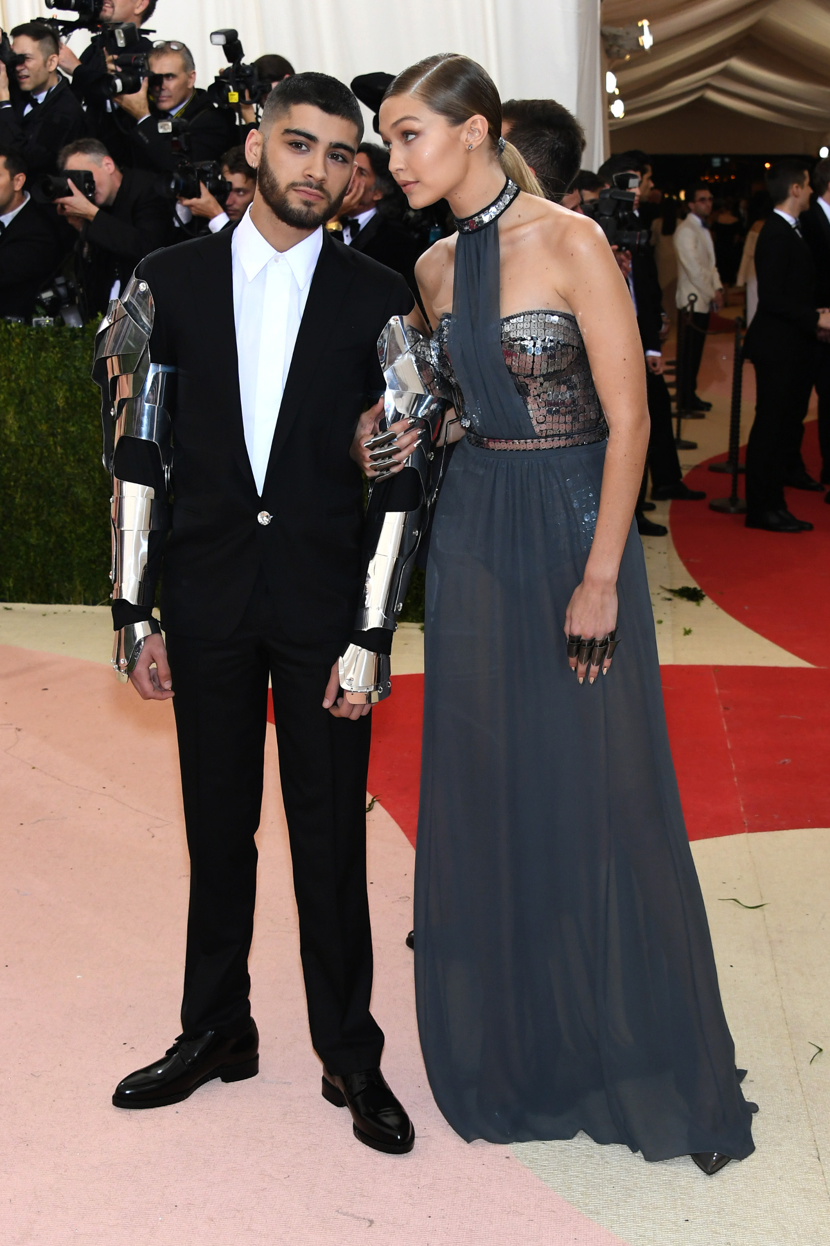 NEW YORK, NY - MAY 02:  Gigi Hadid (L) and Zayn Malik attend the