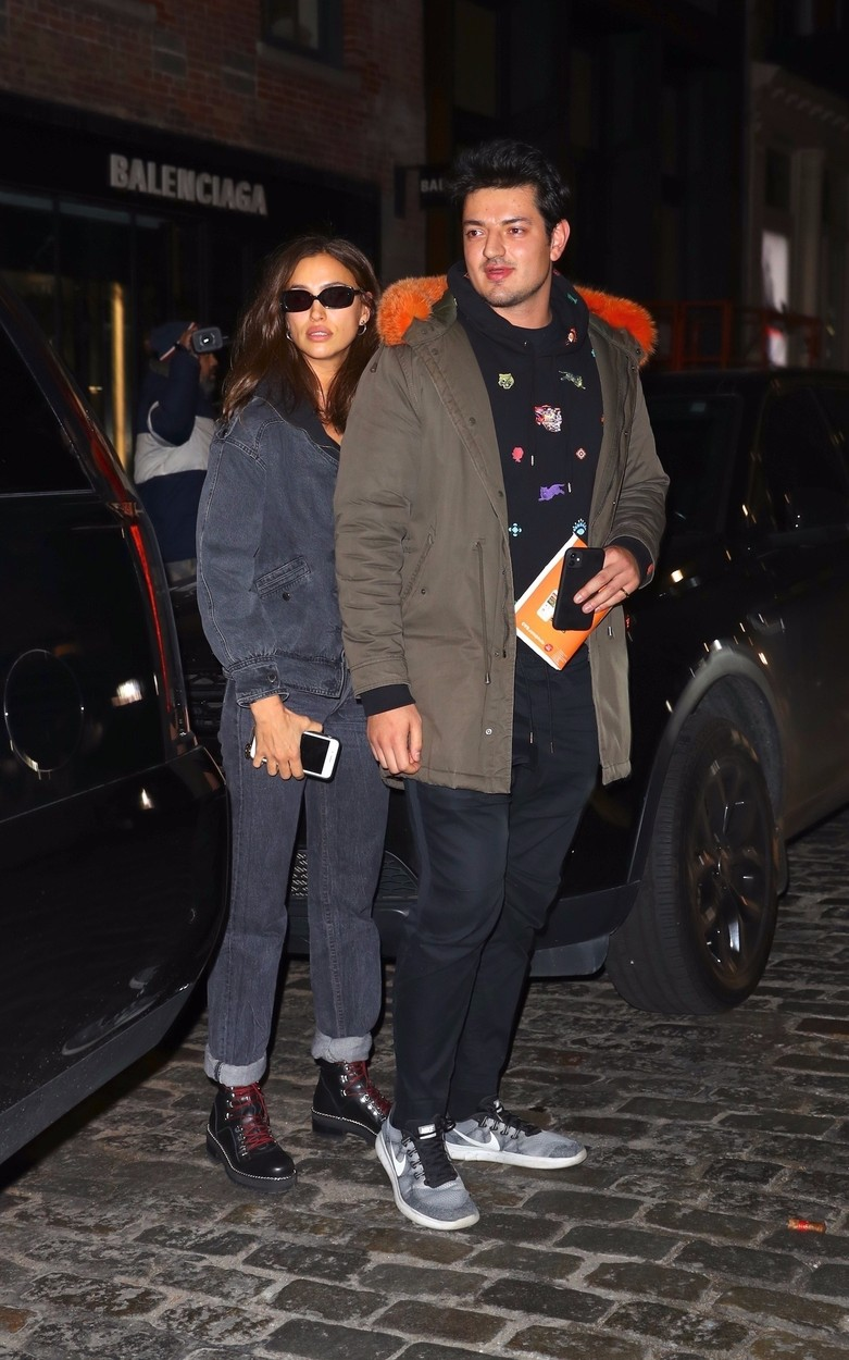 New York, NY  - Irina Shayk heads out for the evening from The Mercer Hotel in New York with a mystery man. Irina has yet to date five months after splitting from baby daddy Bradley Cooper. Could love be in the air?  BACKGRID USA 20 NOVEMBER 2019, Image: 483999861, License: Rights-managed, Restrictions: , Model Release: no, Credit line: BlayzenPhotos / BACKGRID / Backgrid USA / Profimedia