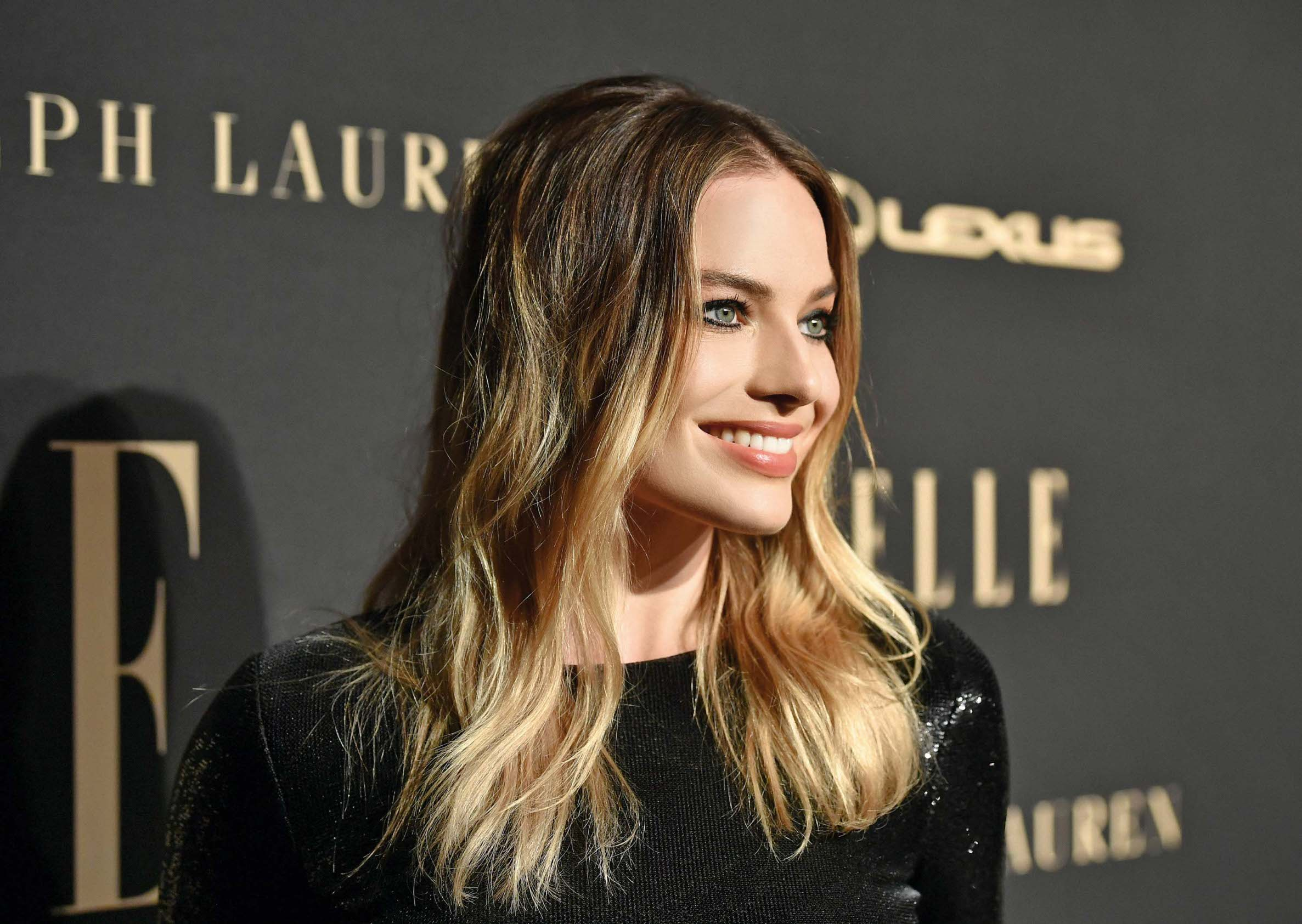Holivudska miljenica Margot Robbie preferira nonšalantne frizure