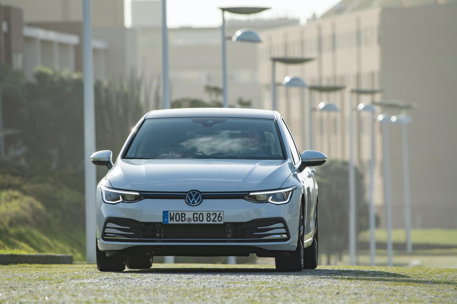 2020-VW-Golf-Mk8-104