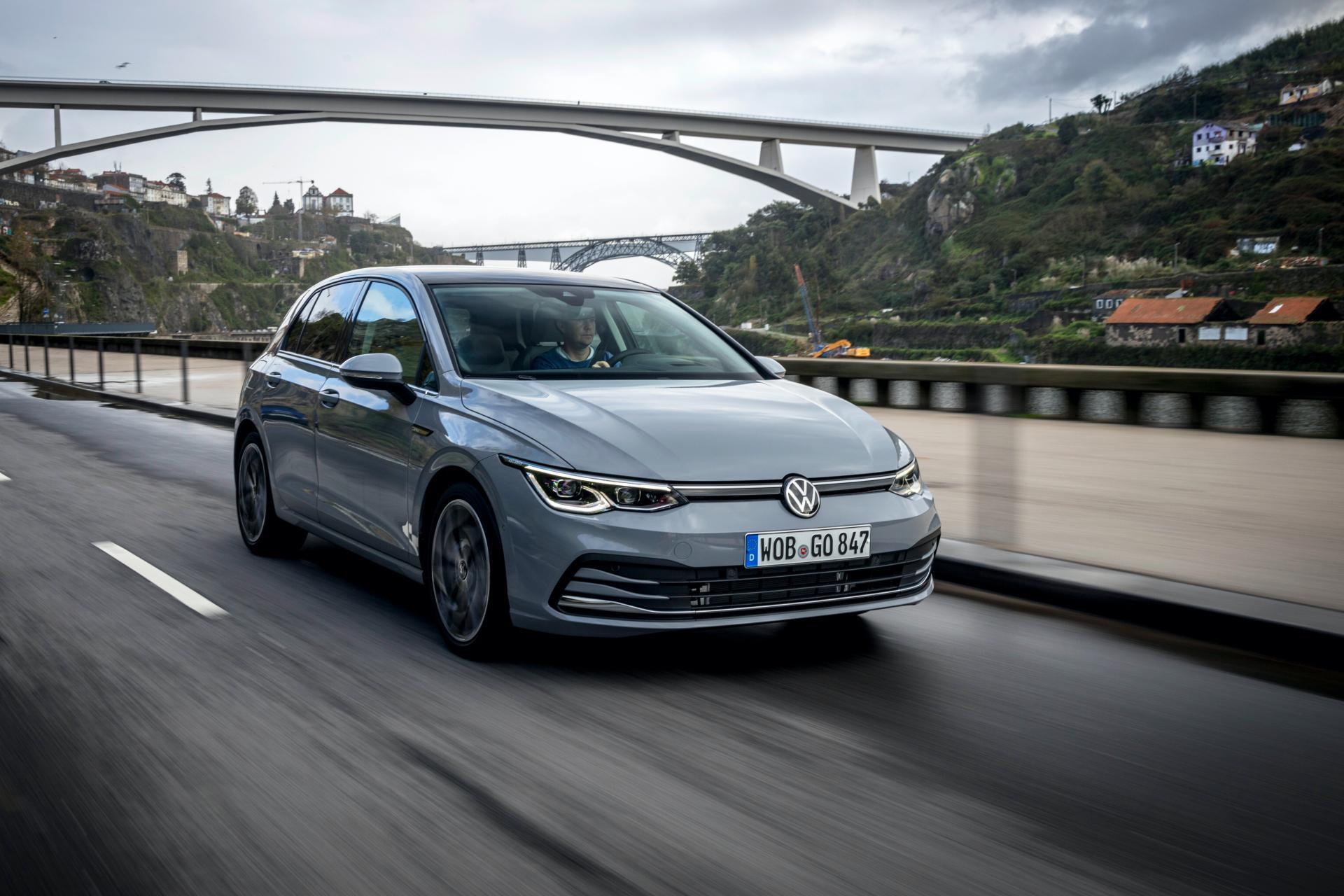 2020-VW-Golf-Mk8-46