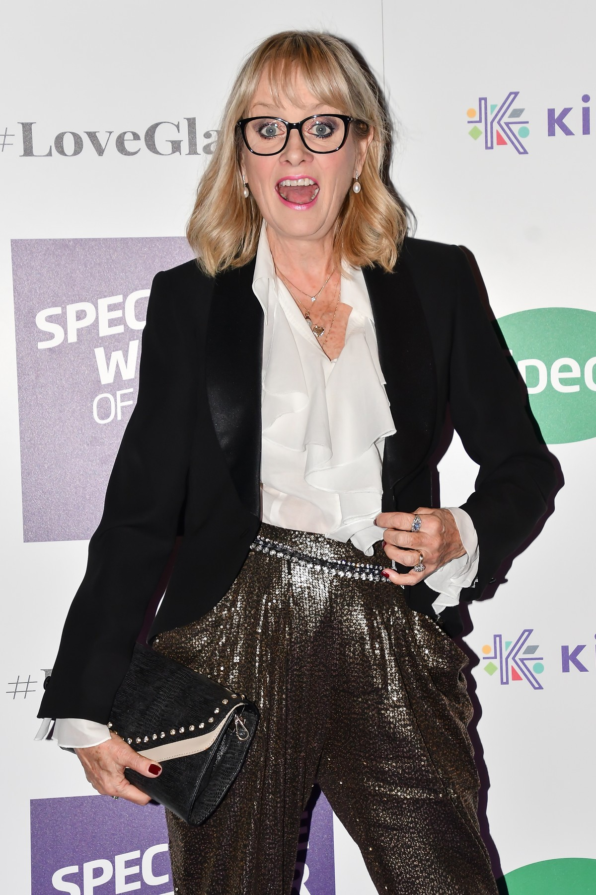 NON-EXCLUSIVE PICTURE: MATRIXPICTURES.CO.UK PLEASE CREDIT ALL USES  WORLD RIGHTS  Twiggy attends the Specsavers Spectacle Wearer Of The Year at 8 Northumberland Avenue in London.  OCTOBER 24th 2018  REF: SLI 183865, Image: 392532883, License: Rights-managed, Restrictions: , Model Release: no, Credit line: MATRIXPICTURES.CO.UK / Matrix / Profimedia