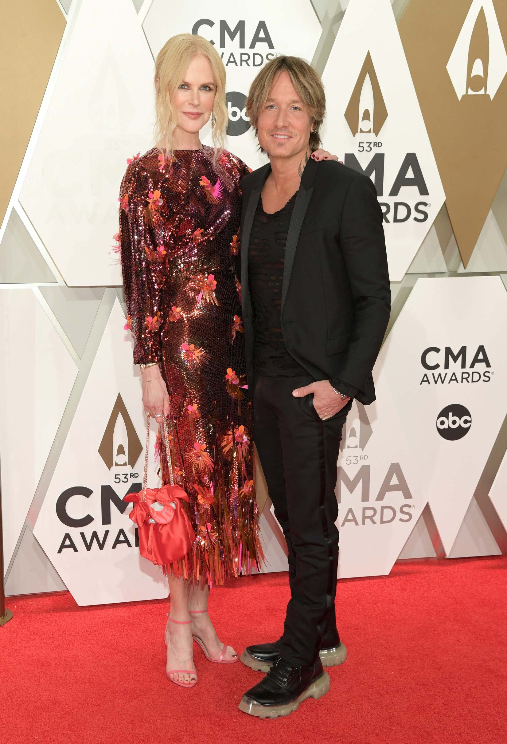 NASHVILLE, TENNESSEE - NOVEMBER 13: (FOR EDITORIAL USE ONLY) Nicole Kidman and Keith Urban attend the 53rd annual CMA Awards at the Music City Center on November 13, 2019 in Nashville, Tennessee. (Photo by Jason Kempin/Getty Images)