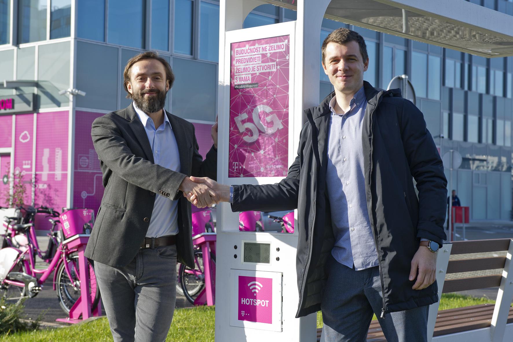 Boris Drilo, član uprave i glavni direktor za tehniku i informacijske tehnologije Hrvatskog Telekoma, i Ivan Mrvoš, osnivač i direktor tvrtke Include