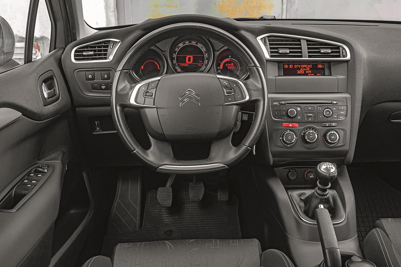 Citroen C4 2013.