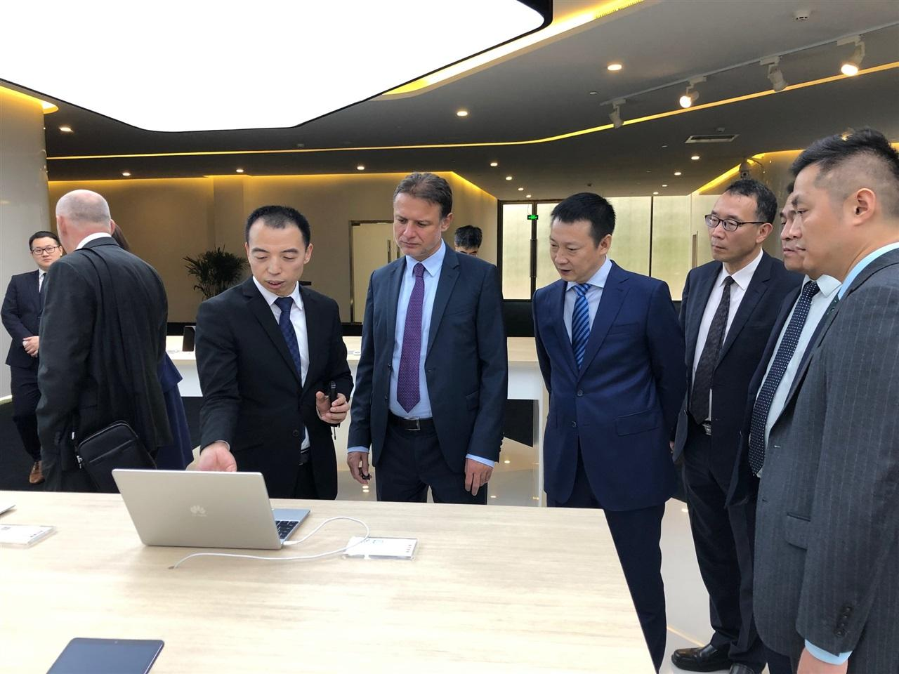 Jandrokovic_Kina_Huawei+(4)