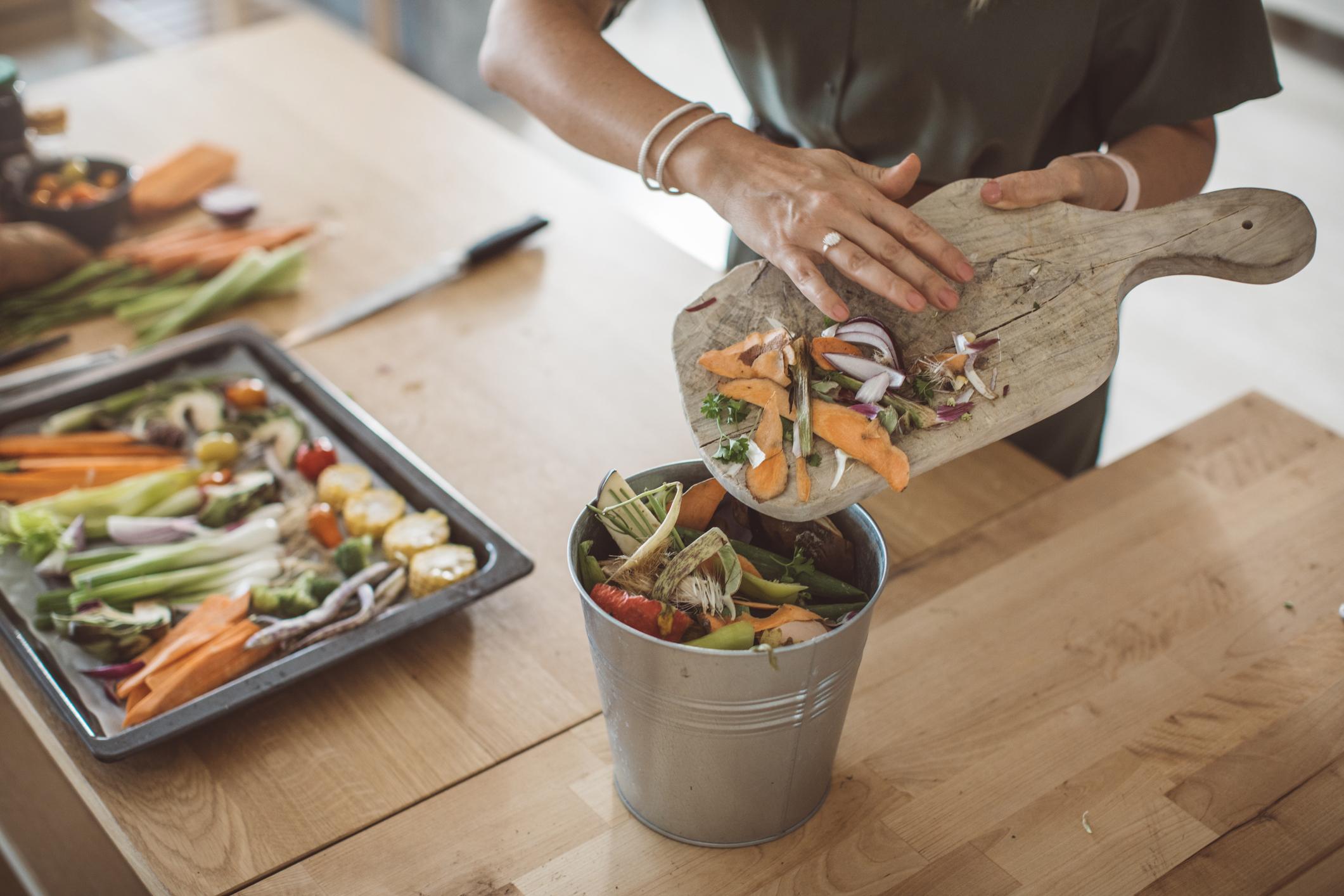 Kod visokog tlaka jedite više voća i povrća jer sadrže mineral kalij koji ga snižava.