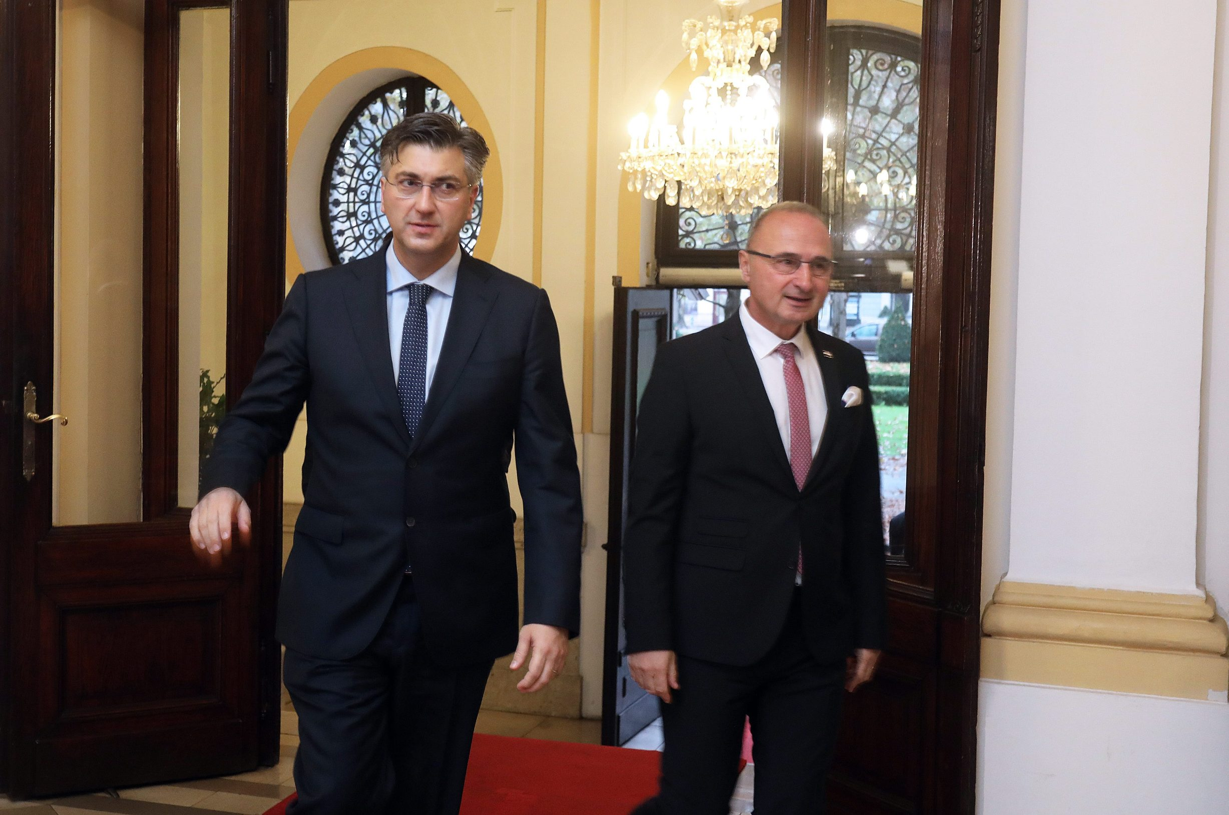 Na fotografiji: Andrej Plenković i Gordan Grlić Radman