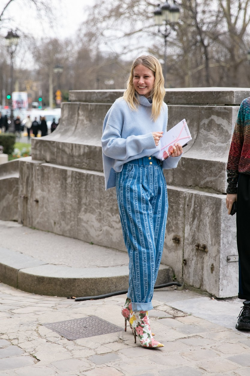 Street Style, guest seen at Paco Rabanne Ready-to-Wear Fall Winter 2019 show, held at Paris Fashion Week, on February 28, 2019 in Paris, France., Image: 421311407, License: Rights-managed, Restrictions: , Model Release: no, Credit line: Belrose Mila/ABACA / Abaca Press / Profimedia