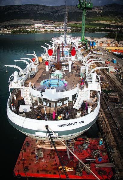 Split, 211118. Brodogradiliste Brodosplit. U splitskom brodogradilistu dovrsava se Star Clippers, najveci jedrenjak na svijetu. Na fotografiji: Star Clippers na vezu. Foto: Vojko Basic / CROPIX