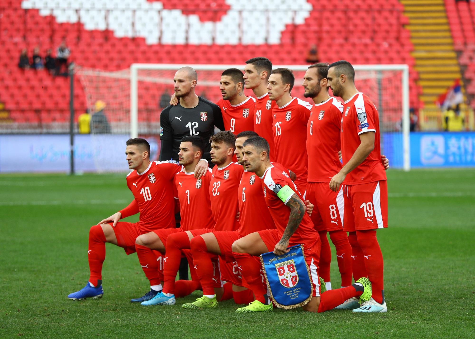 Soccer Football - Euro 2020 Qualifier - Group B - Serbia v Ukraine - Rajko Mitic Stadium, Belgrade, Serbia - November 17, 2019   Serbia players pose for a team group photo before the match    REUTERS/Marko Djurica