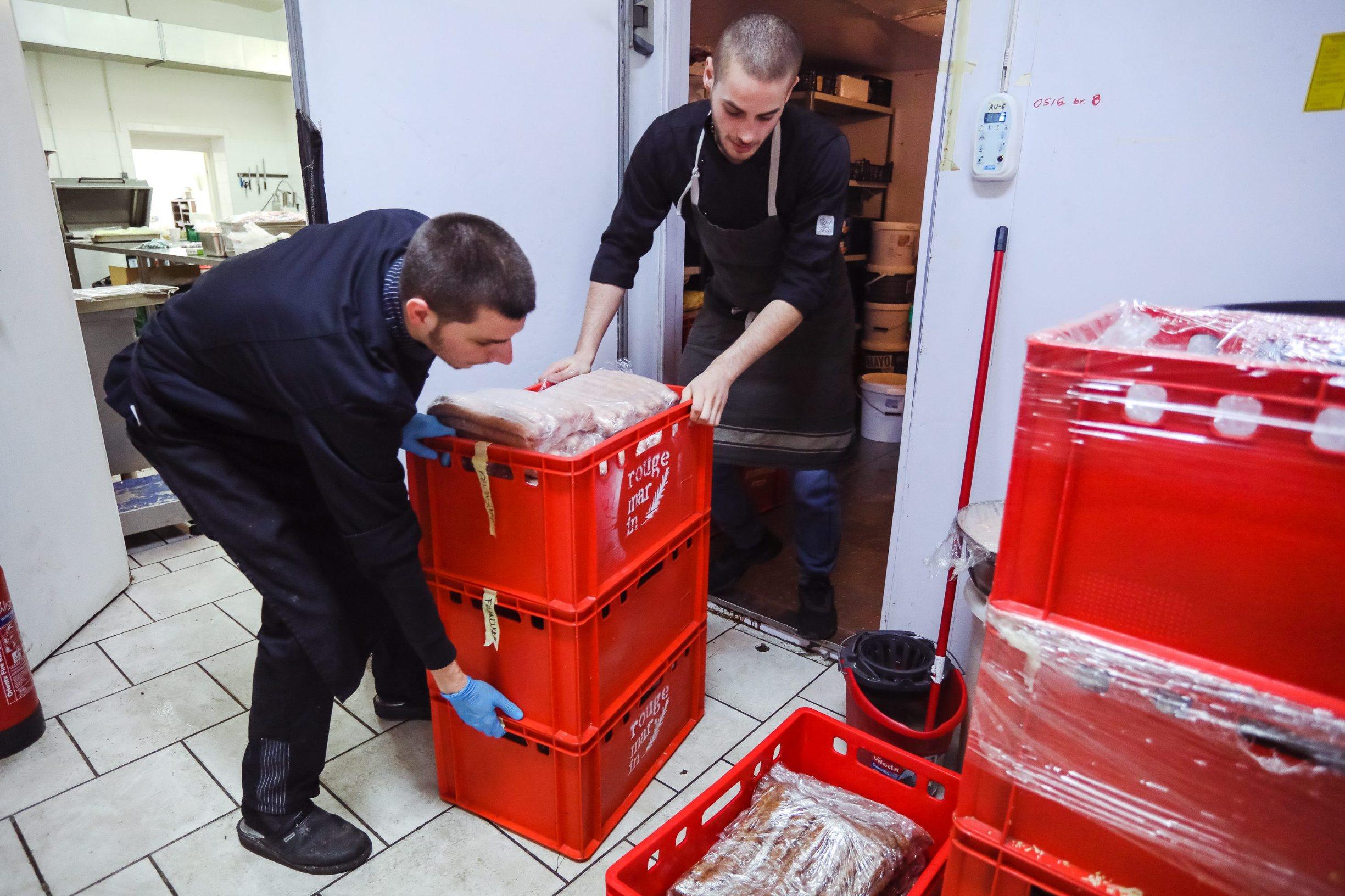 Zagreb, 291119. Pripreme uoci otvaranja adventa u restoranu Rougemarin. Na fotografiji: pripreme.  Foto: Marko Todorov / CROPIX