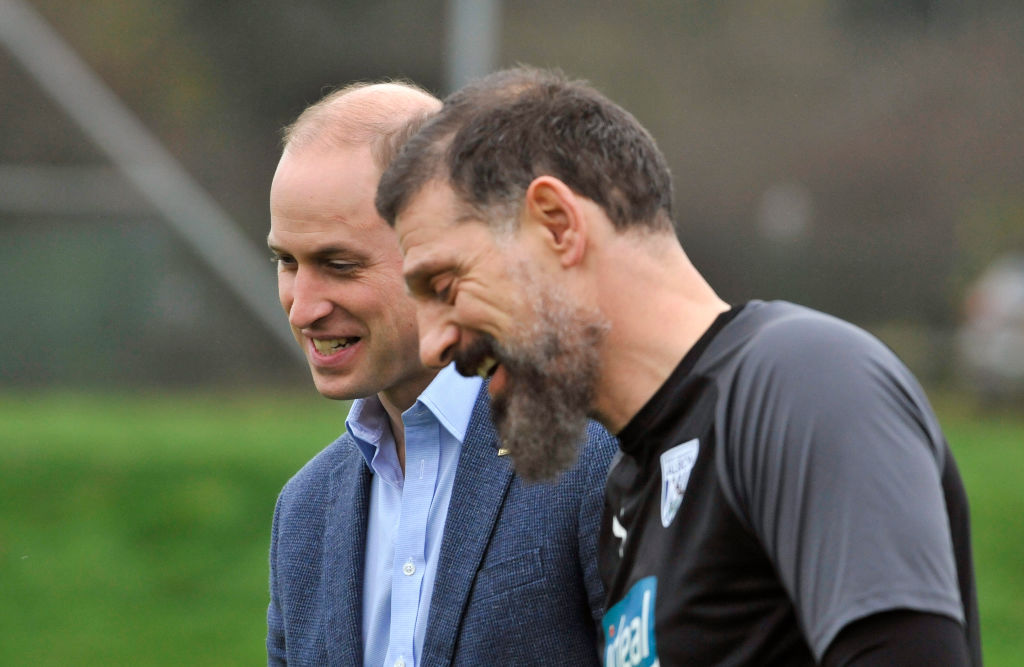 WALSALL, ENGLAND - NOVEMBER 28: Prince William, Duke of Cambridge meets meets Head Coach Slaven Bilic members during a visit to West Bromwich Albion FC as part of the Heads Up campaign at West Bromwich Albion Training Ground on November 28, 2019 in Walsall, England. (Photo by Rui Vieira - WPA Pool/Getty Images)