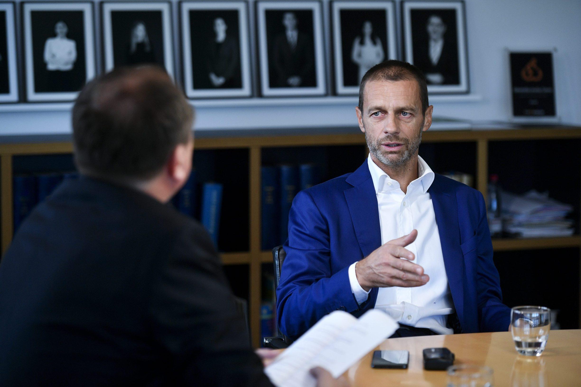 Ljubljana, 270919. Predsjednik UEFA-e Aleksander Ceferin, fotografiran za vrijeme intervjua u Odvjetnickom drustvu Ceferin. Foto: Boris Kovacev / CROPIX