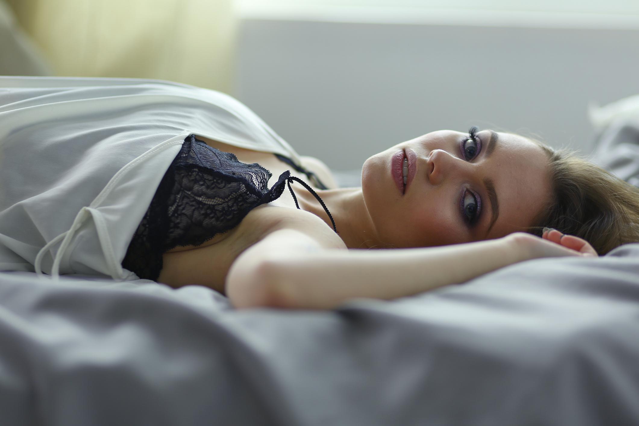 Kad se brinu zbog izgleda spolnog organa, žene se uglavnom brinu zbog izgleda i veličine malih i velikih usana.