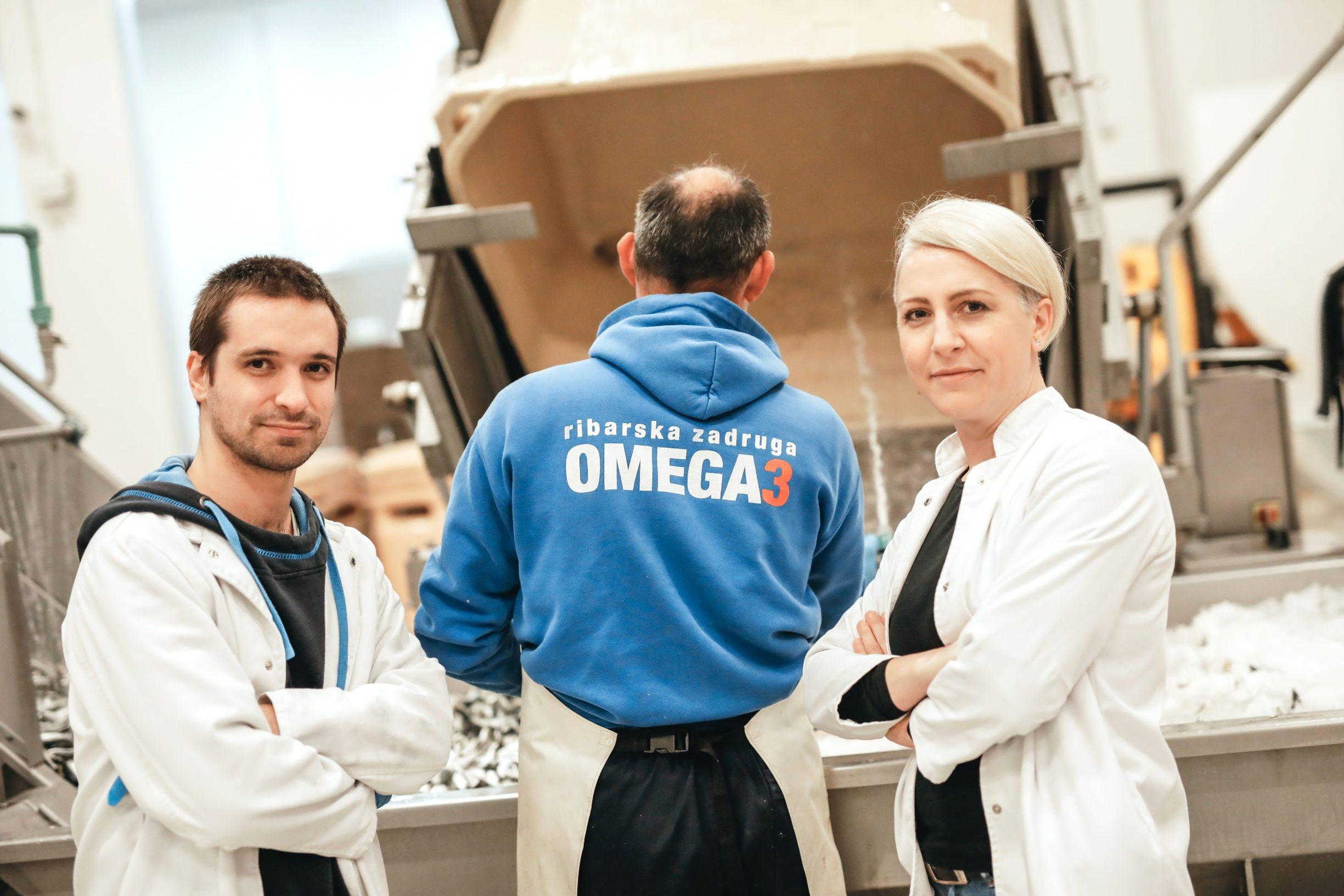 Benkovac, 031219 Reportaza o Benkovcu. Na fotografiji Marin Kolega tehnolog i Ana Brala voditeljica proizvodnje u pogonima ribarske zadruge Omega 3, zona Sopot. Foto: Danijel Soldo / CROPIX