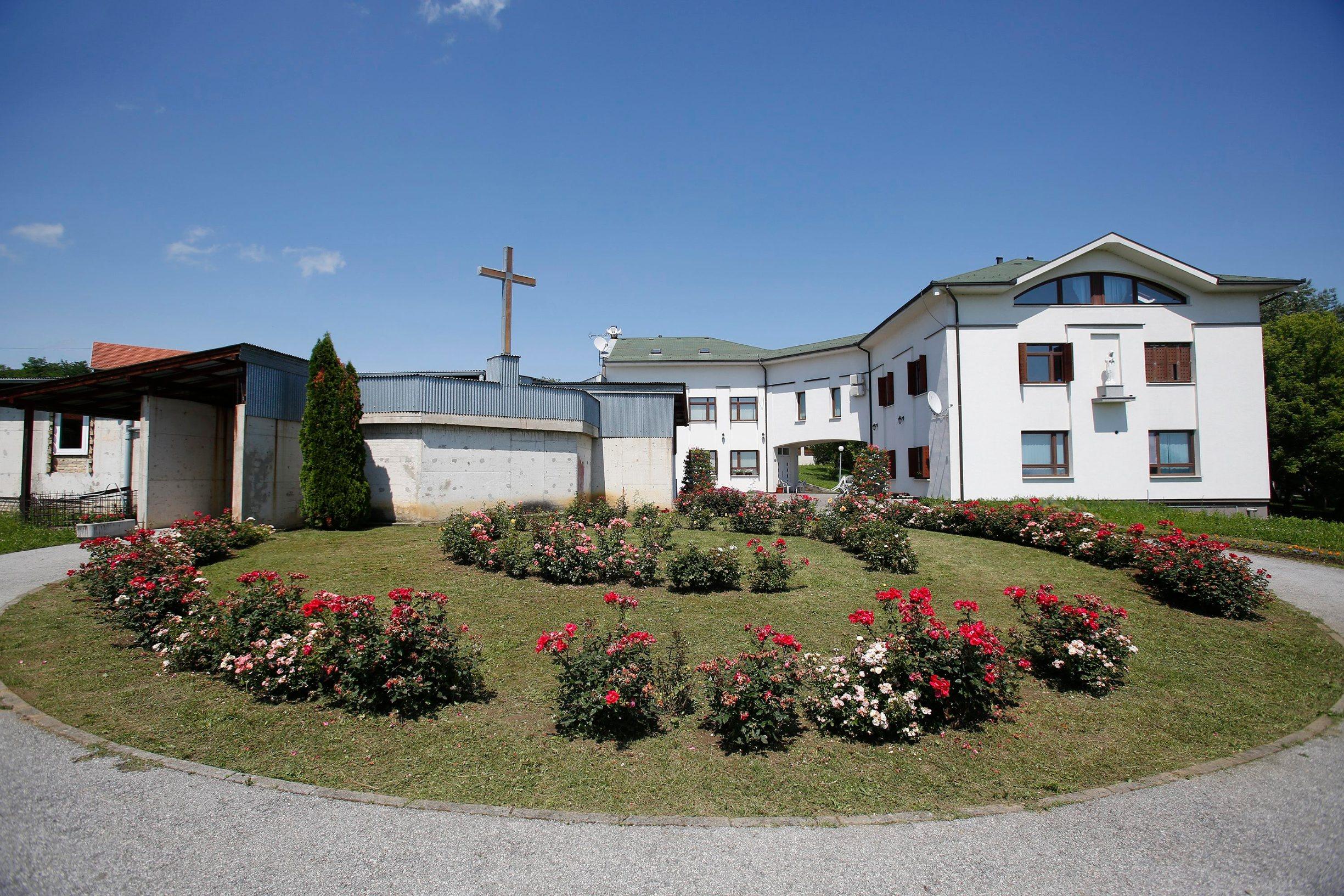 Župa i župni ured Uznesenja Blažene Djevice Marije