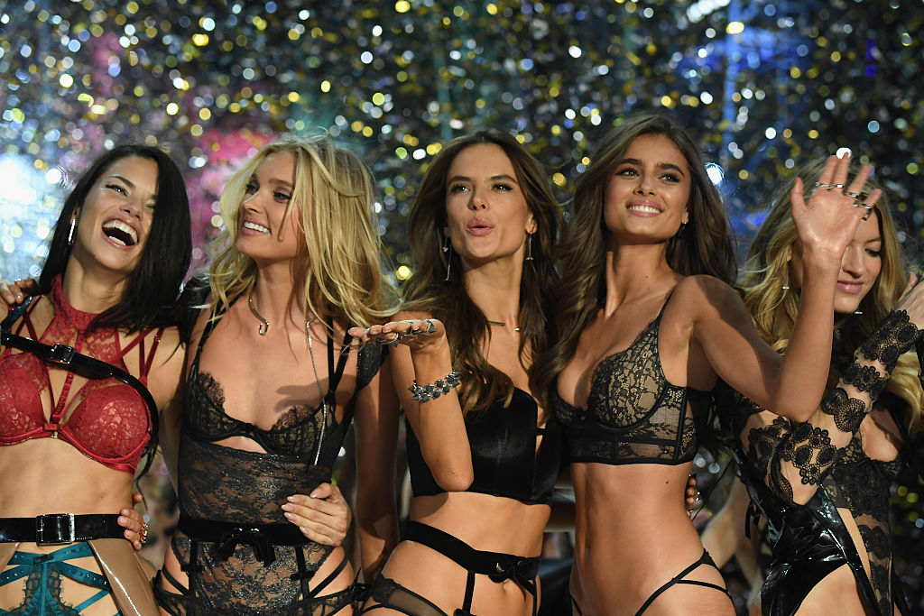 PARIS, FRANCE - NOVEMBER 30:  (L-R) Adriana Lima, Elsa Hosk, Alessandra Ambrosio and Josephine Skriver walk the runway at the Victoria's Secret Fashion Show on November 30, 2016 in Paris, France.  (Photo by Pascal Le Segretain/Getty Images for Victoria's Secret)