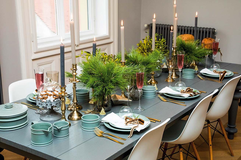 Svijećnjaci su obavezna dekoracija na stolu