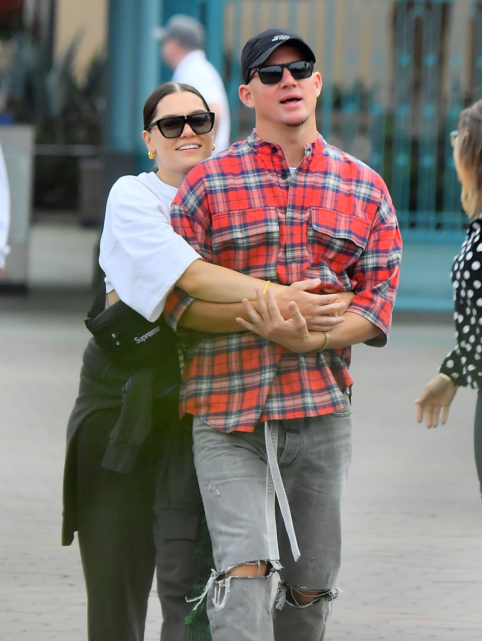 ** EXCLUSIVE PREMIUM RATES APPLY **   Channing Tatum and Jessie J look completely in love as they pack on endless PDA while on a date at the happiest place on earth, Disneyland. The happy couple, who were joined by a VIP tour guide as they spent the day at Disneyland. They were seen riding many of  the park's rides including the Matterhorn, Autopia and Space Mountain. They were seen constantly holding each other as they made their way through the park.  At one point Jesse was seen giving Channing's nose a playful honk.  They looked adorable as they rode the Autopia ride together. 15 May 2019, Image: 433811760, License: Rights-managed, Restrictions: World Rights, Model Release: no, Credit line: Marksman/ Snorlax / MEGA / Mega Agency / Profimedia