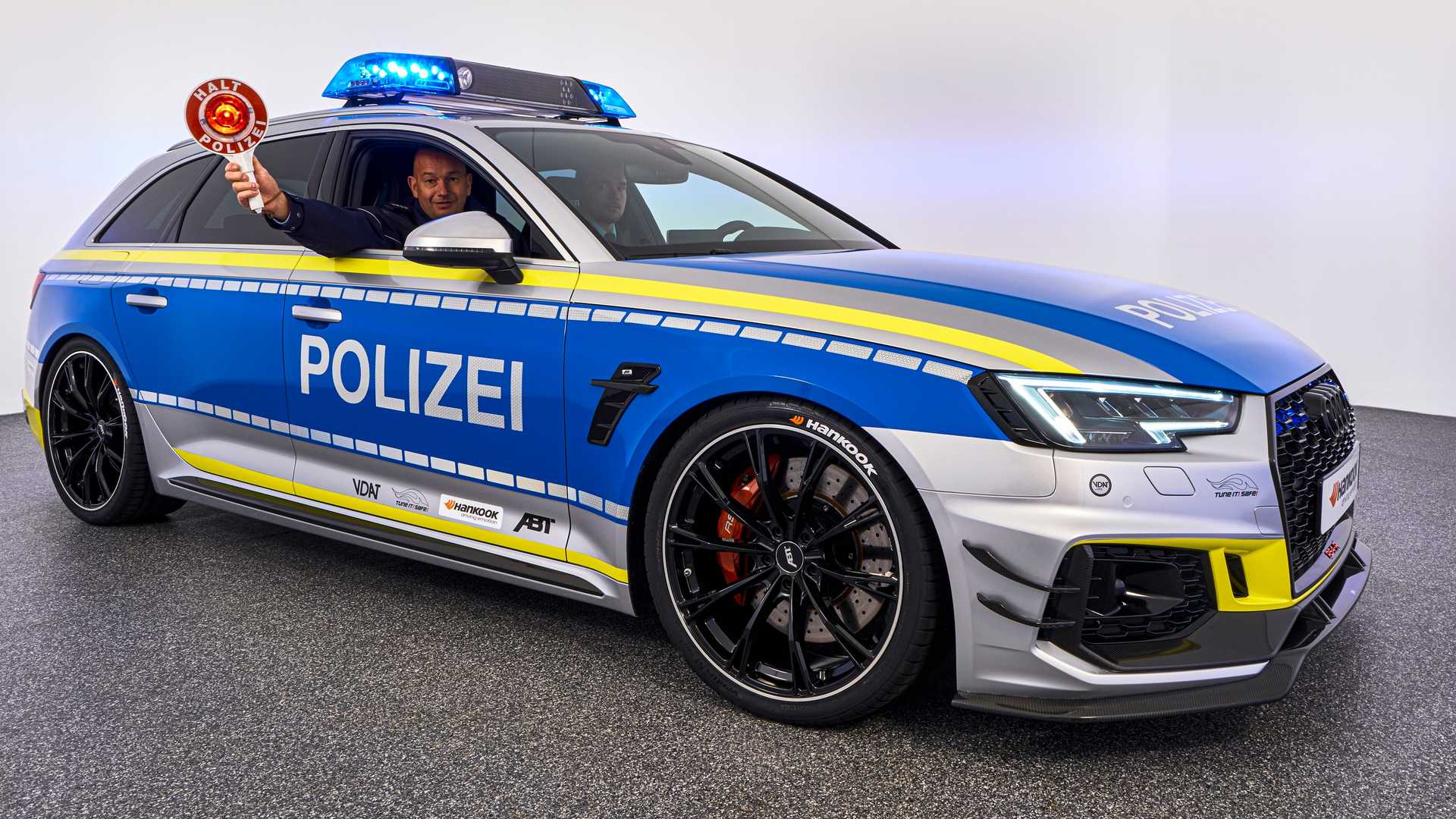 audi-rs4-avant-by-abt-for-tune-it-safe-campaign (6)