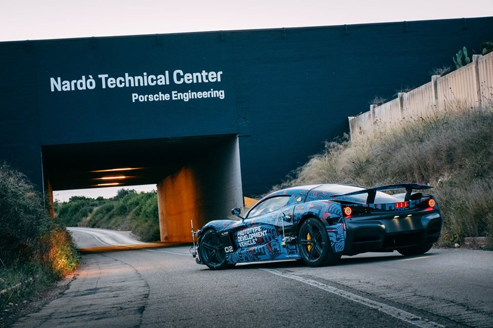 rimac-tests-ctwo-electric-hypercar-at-nardo-deliveries-scheduled-for-late-2020_4