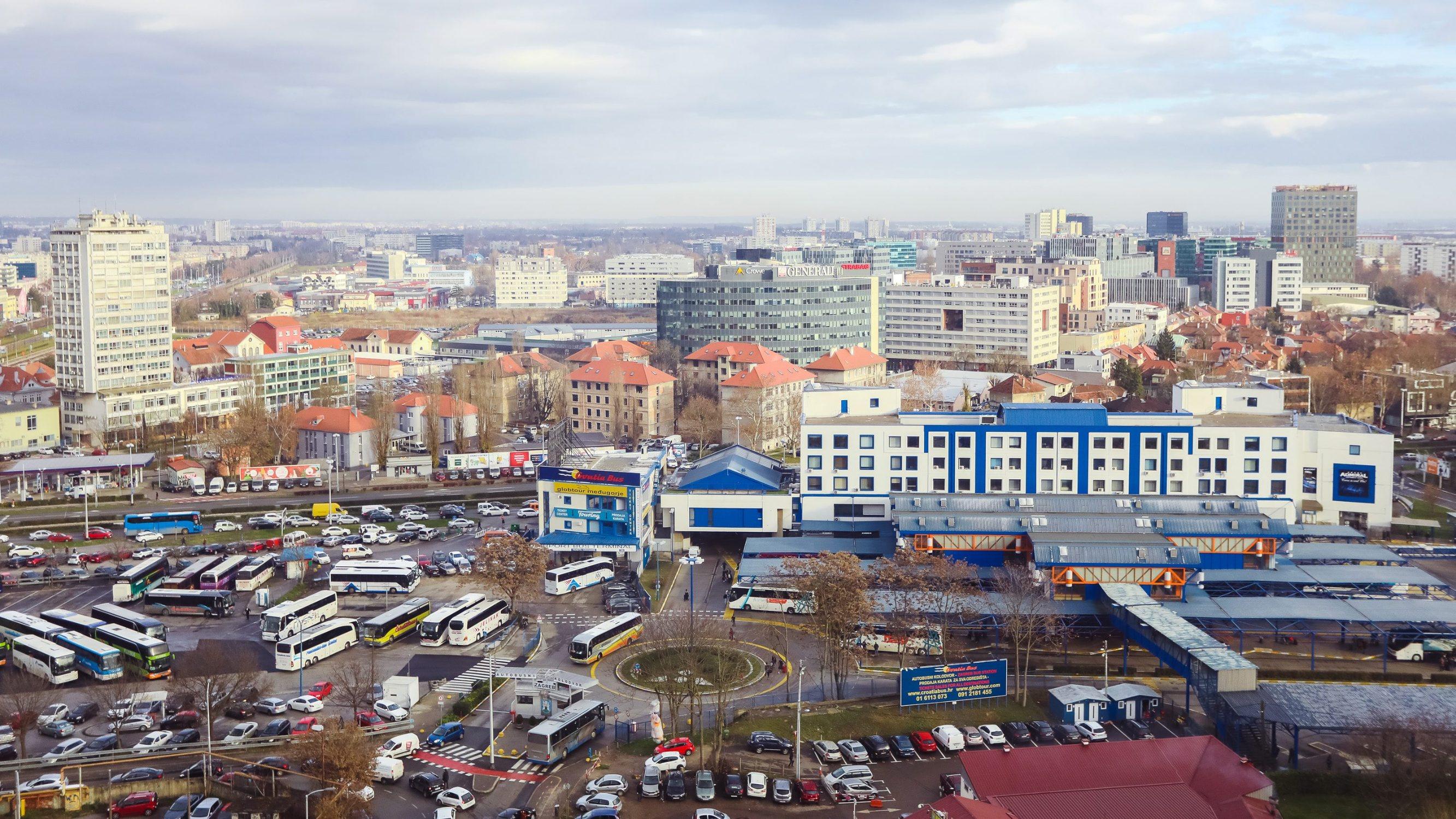 Zagreb, 201219. Pogled na Autobusni kolodvor sa zgrade VMD u Strojarskoj ulici. Na fotografiji: Autobusni kolodvor.  Foto: Marko Todorov / CROPIX