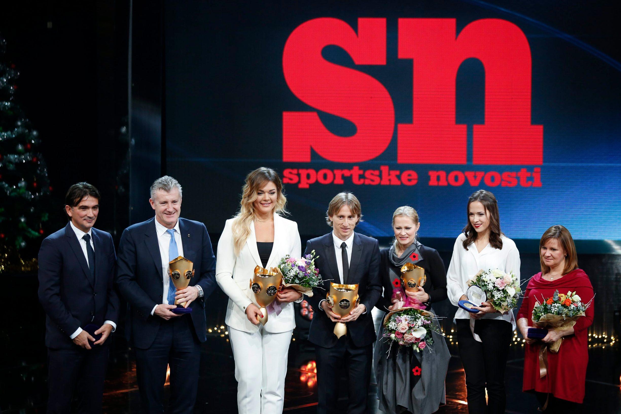 Prošlogodišnji laureatti na dodjeli nagrada SN