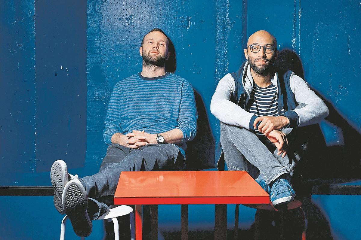 Zagreb, 071218. Pijanist Regis Kattie i DJ Jan Kincl, fotografirani u klubu Plocnik. Foto: Boris Kovacev / CROPIX