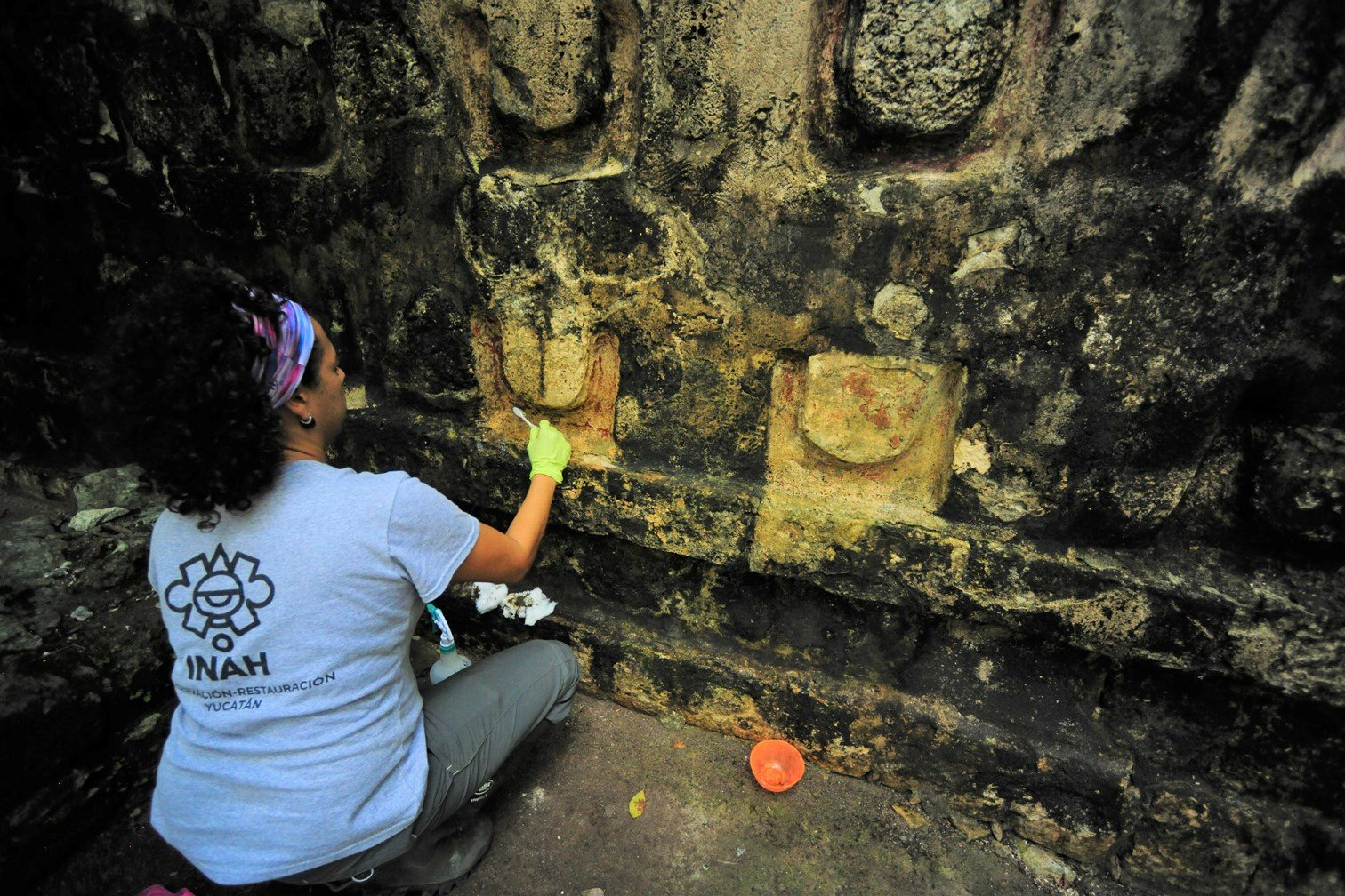 Čišćenje hrama otkrivenog u Kulubi