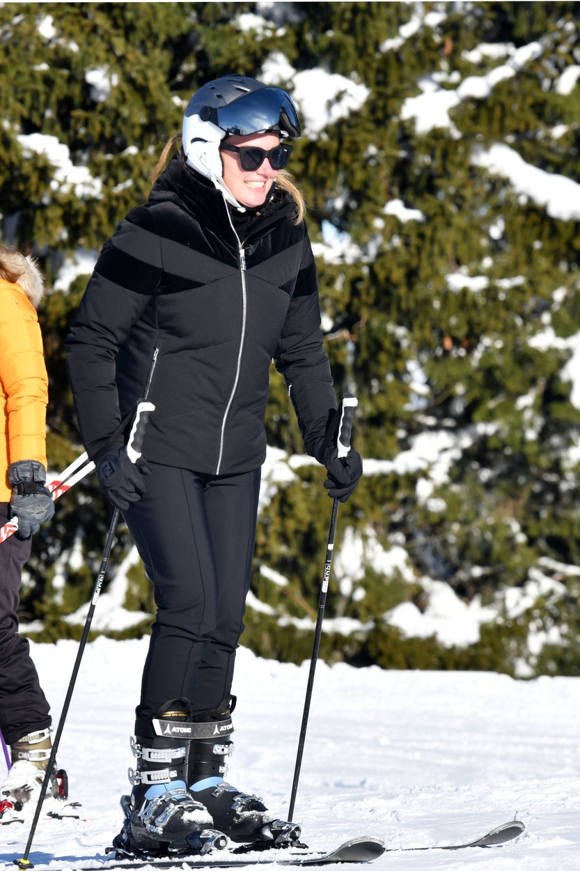 Tamara Ecclestone spending winter holidays with daughter Sophia in Gstaad.    249174 2019-12-27, Image: 490231365, License: Rights-managed, Restrictions: , Model Release: no, Credit line: Starface / Starface / Profimedia
