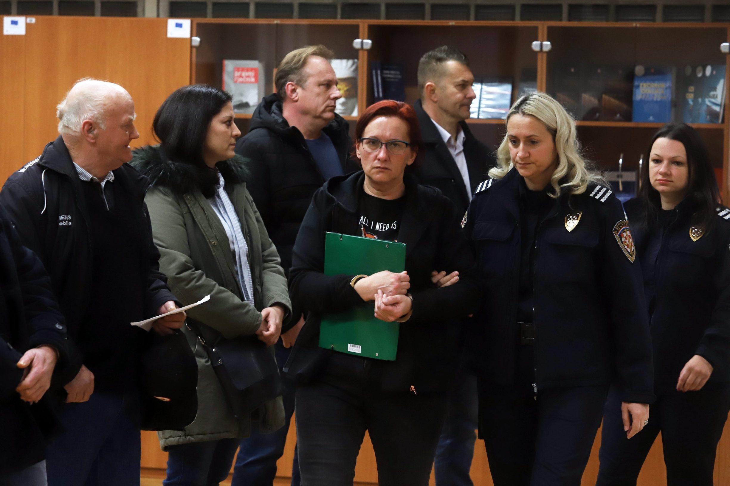 Varazdin, 051219. Na Zupanijskom sudu u Varazdinu nastavljeno je sudjenje Smiljani Srnec za ubojstvo sestre Jasmine Dominic. Na fotografiji: Smiljana Srnec u sudnici. Foto: Zeljko Hajdinjak / CROPIX