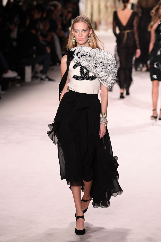 PARIS, FRANCE - DECEMBER 04: A model walks the runway during the Chanel Metiers d'art 2019-2020 show at Le Grand Palais on December 04, 2019 in Paris, France. (Photo by Pascal Le Segretain/Getty Images)