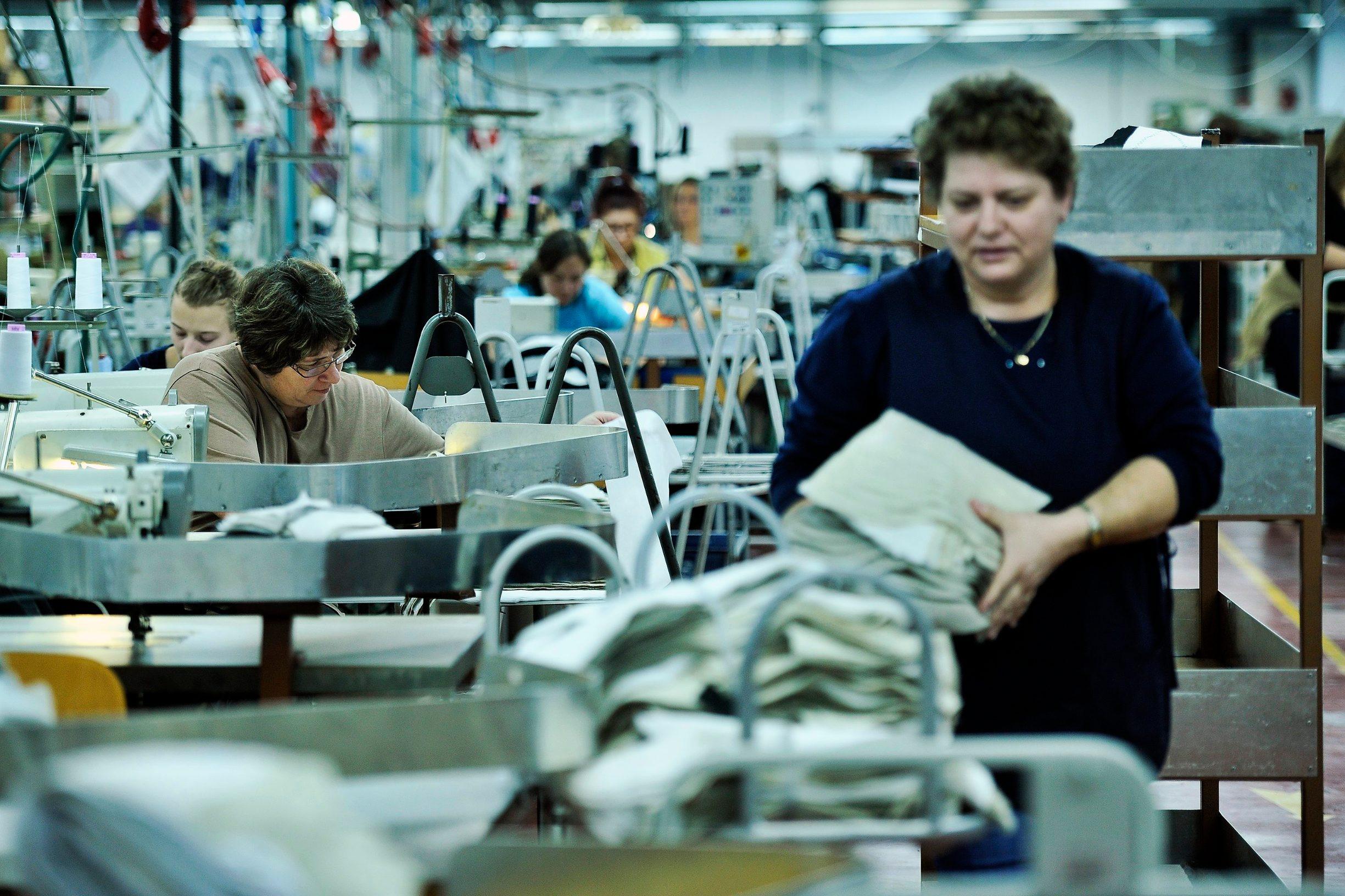 Varazdin, 100113. Varazdinska tekstilna industrija Varteks. Na fotografiji: proizvodnja. Foto: Boris Kovacev / CROPIX