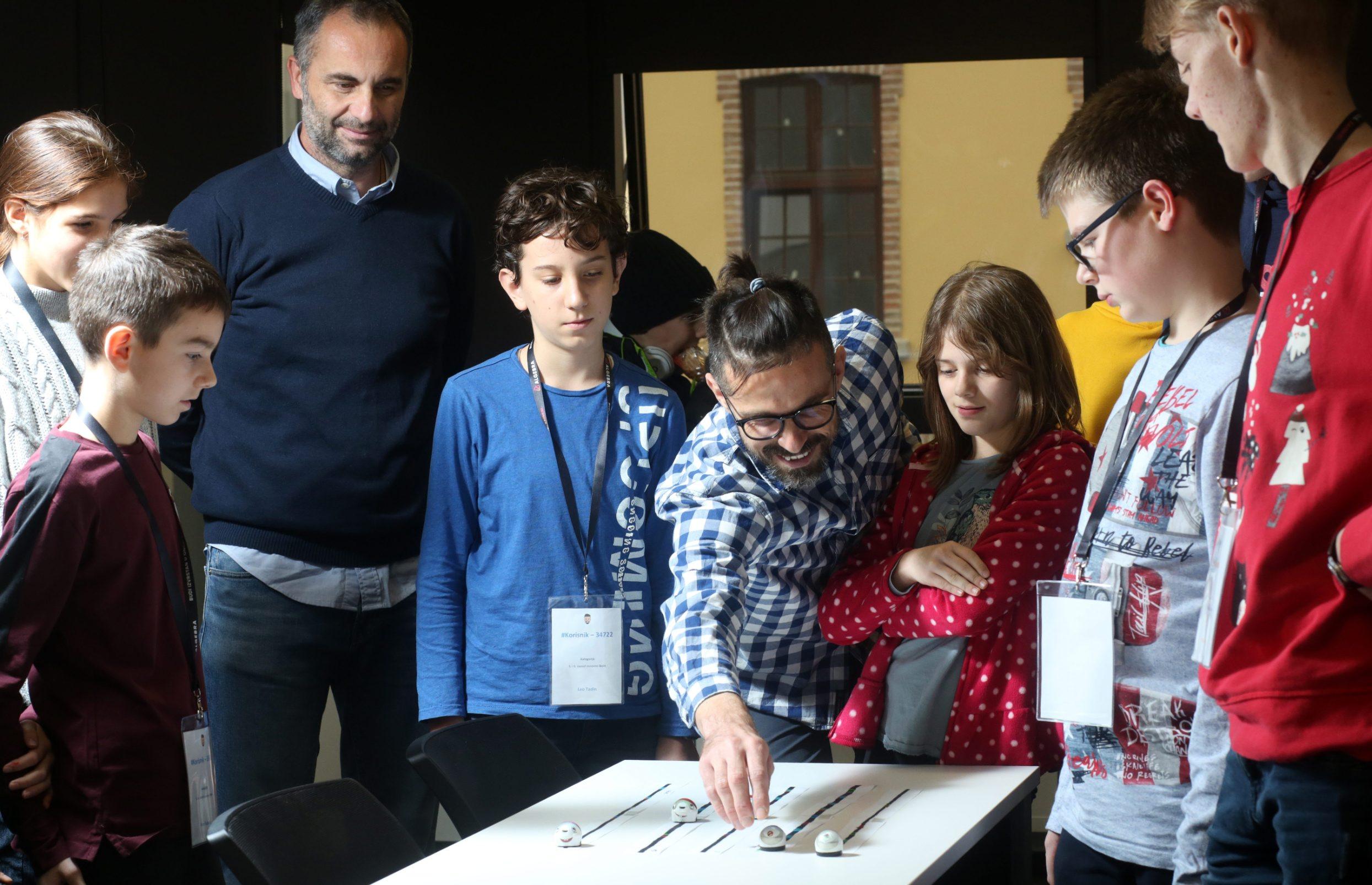 U subotu je završila prva sezona Toni Milun Lige koju su osmislili u suradnji s Algebrom omiljeni profesor matematike Toni Milun i poznati autor i voditelj kvizova Joško Lokas