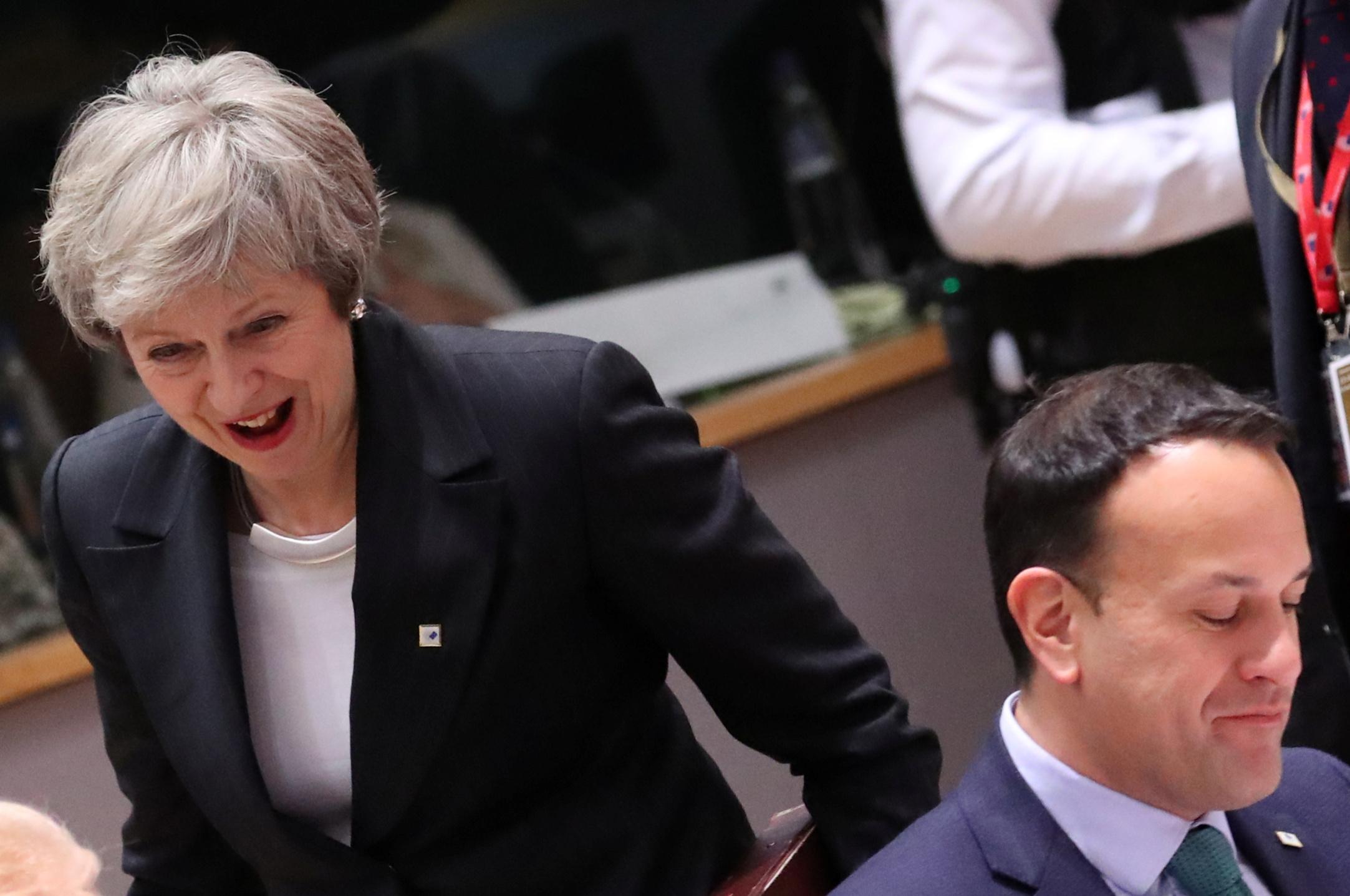 Britanska premijerka Theresa May i irski premijer Leo Varadkar