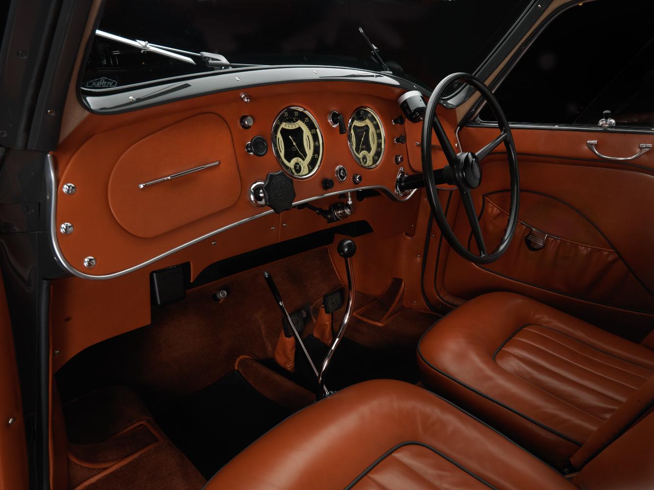 1937-Touring-Alfa-Romeo-8C-2900-B-Lungo-Berlinetta-(Keith-Grey)-07-interior