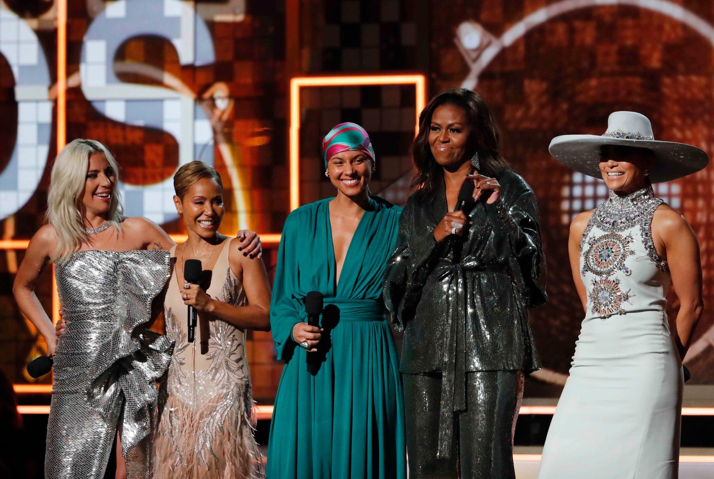 Lady Gaga, Jada Pinkett Smith, Alicia Keys, Michelle Obama i Jennifer Lopez