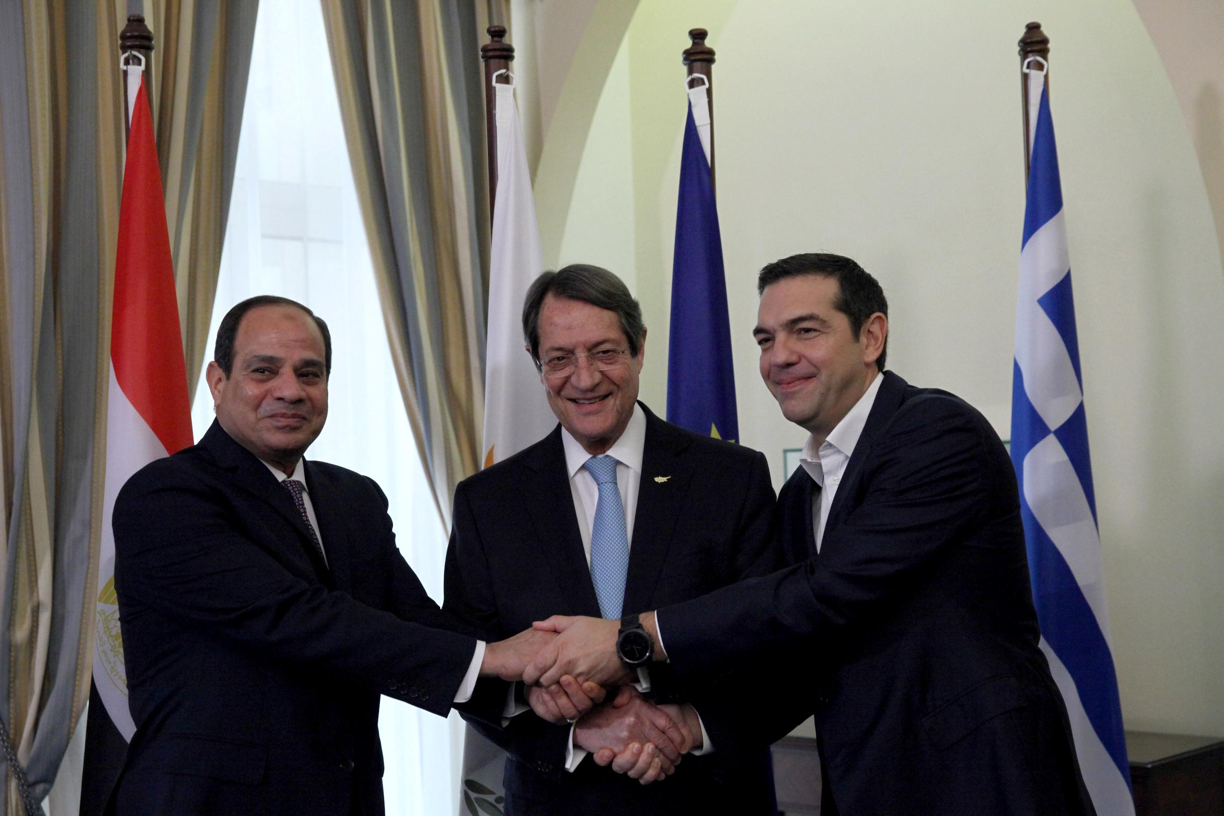 Egipatski presjednik Abdel Fattah al-Sisi, ciparski predsjednik Nicos Anastasiades i grčki premijer Aleksis Tsipras