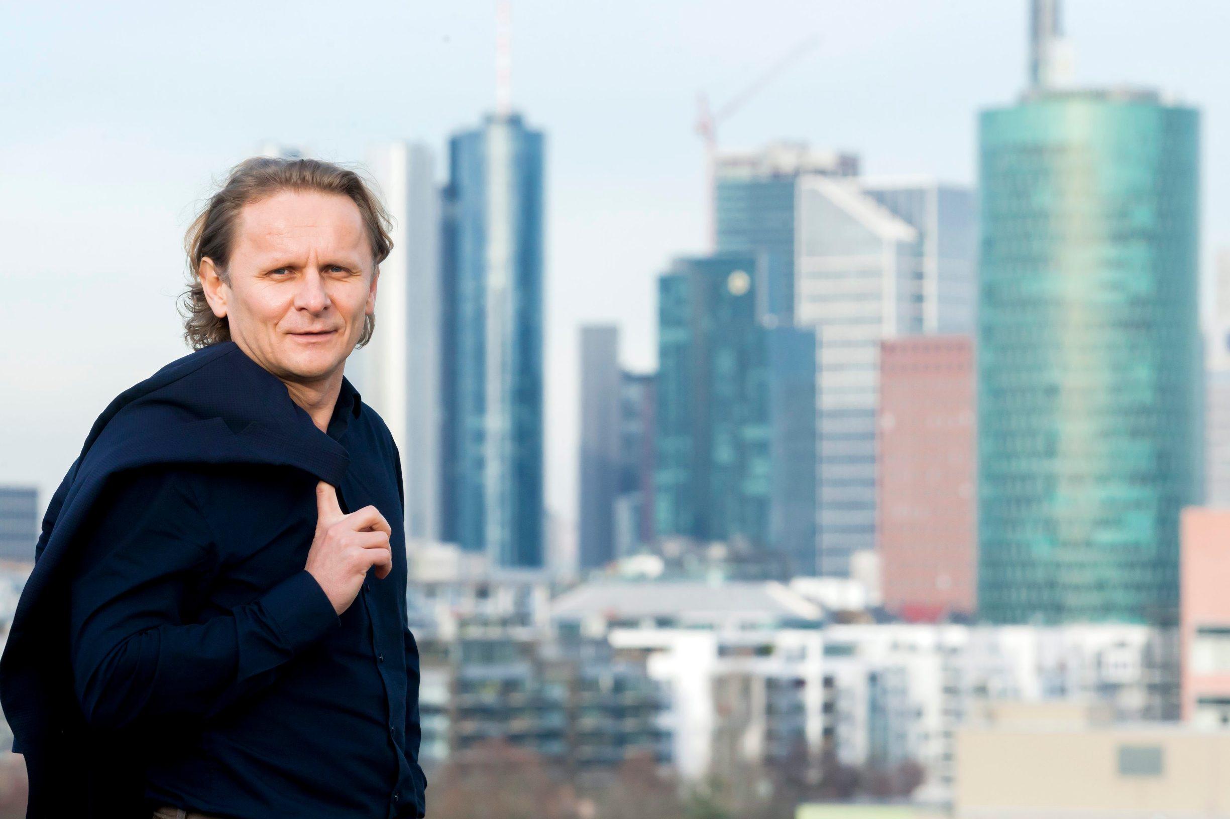 Frankfurt, 130219. Institut za biokemiju II. Na fotografiji: Ivan Djikic na krovu instituta. Foto: Tomislav Kristo / CROPIX
