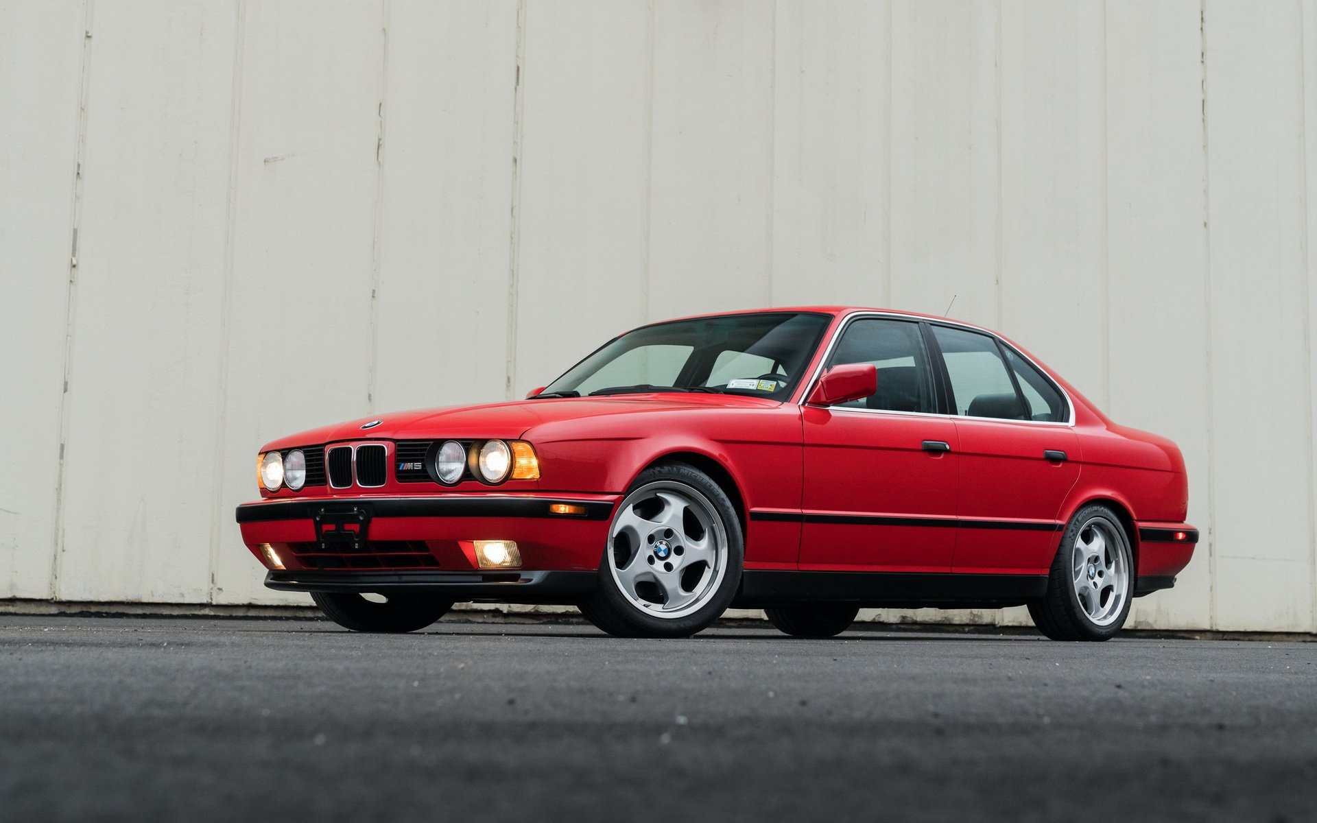 0e20c341-1991-bmw-m5-low-mileage-sale-1