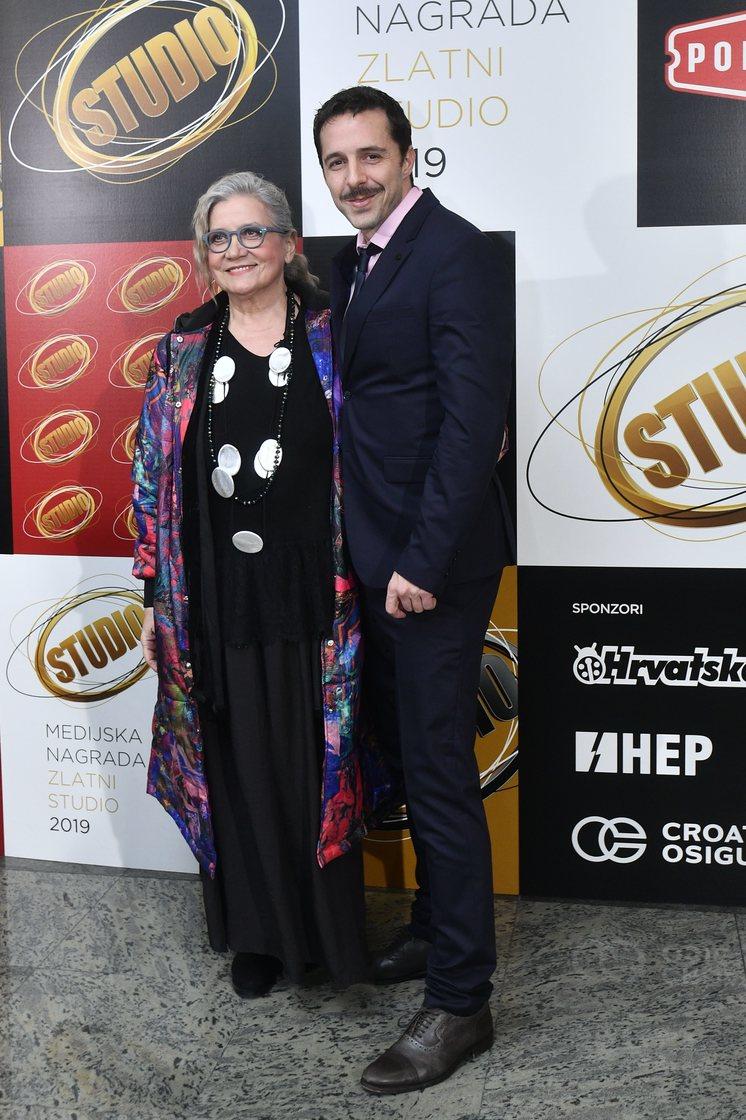 Glumica Nina Erak Svrtan i Filip Juričić