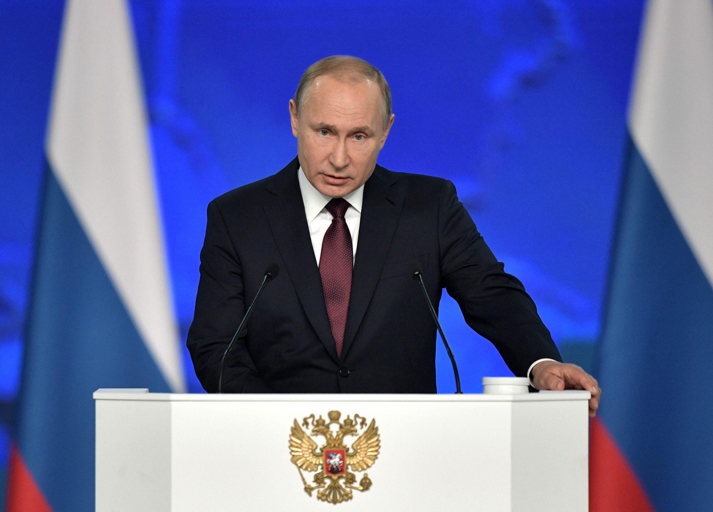 2019-02-20T102902Z_1359582931_RC13E59B8C20_RTRMADP_3_RUSSIA-PUTIN