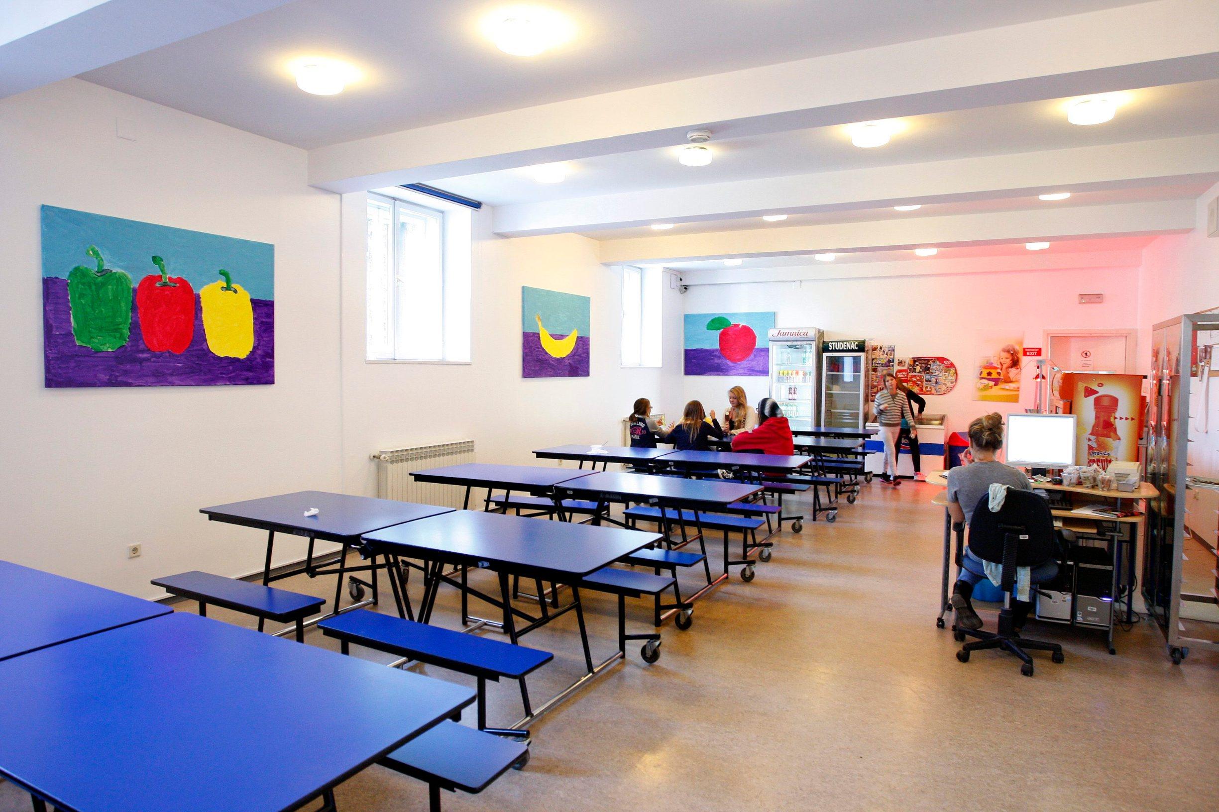 Ilustracija: kantina u školi