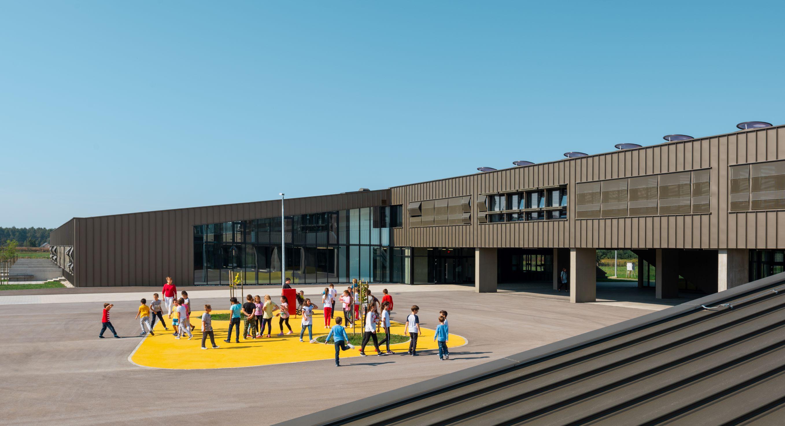 Osnovna škola u Popovači
