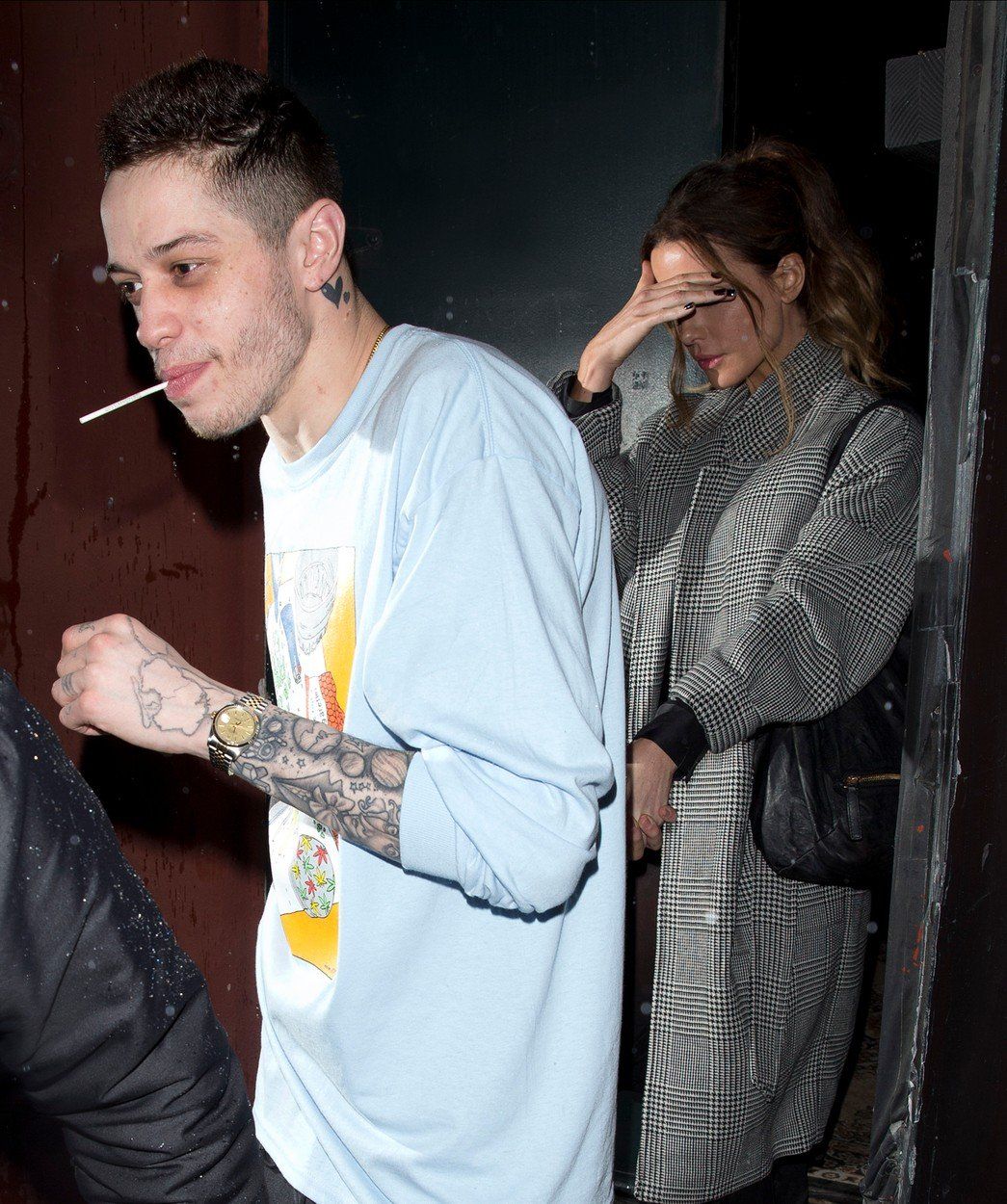 Kate Beckinsale holds hands with new man Pete Davidson as they left the 'LAGO' bar in Los Angeles, CA Pete was recently dating Ariana Grande and had a terrible break-up when're he became suicidal. Pete seems to be back on track doing comedy shows and has recently been rumored to have been flirty with the British stunner and tonight they put the rumors to rest and showed their affection to each other for the world to see. 02 Feb 2019, Image: 411753515, License: Rights-managed, Restrictions: World Rights, Model Release: no, Credit line: Profimedia, Mega Agency