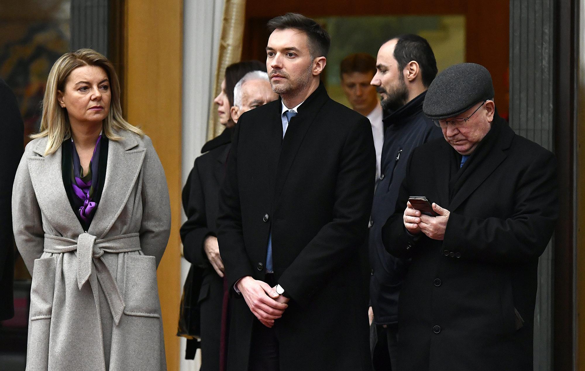 Mirjana Hrga, Sebastian Rogač, Mate Granić