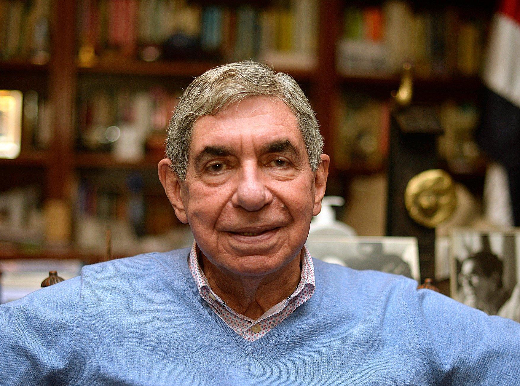 Oscar Árias