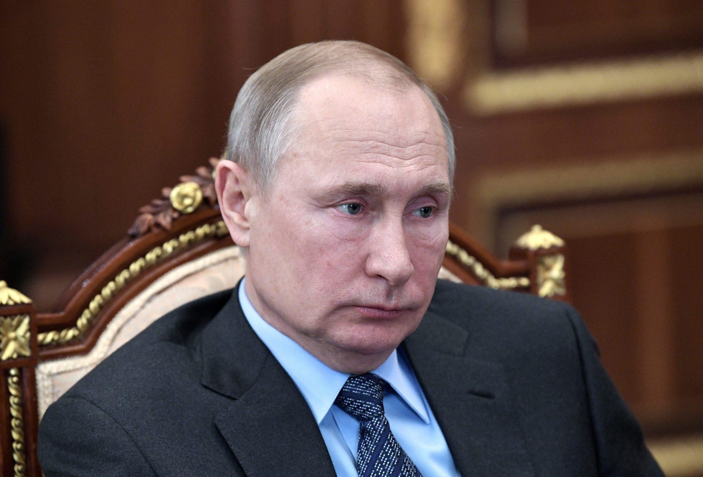 Ruski predsjednik Vladimir Putin na sastanku s izvršnim direkotorom Gapzroma Aleksejem Millerom